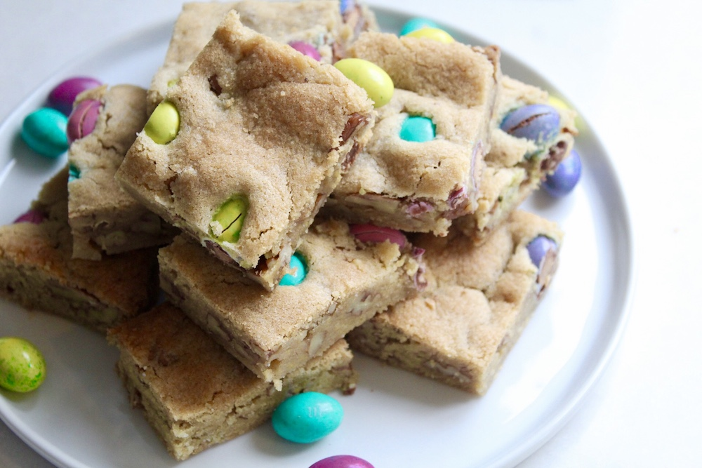 Easter Blondie Bars.jpg