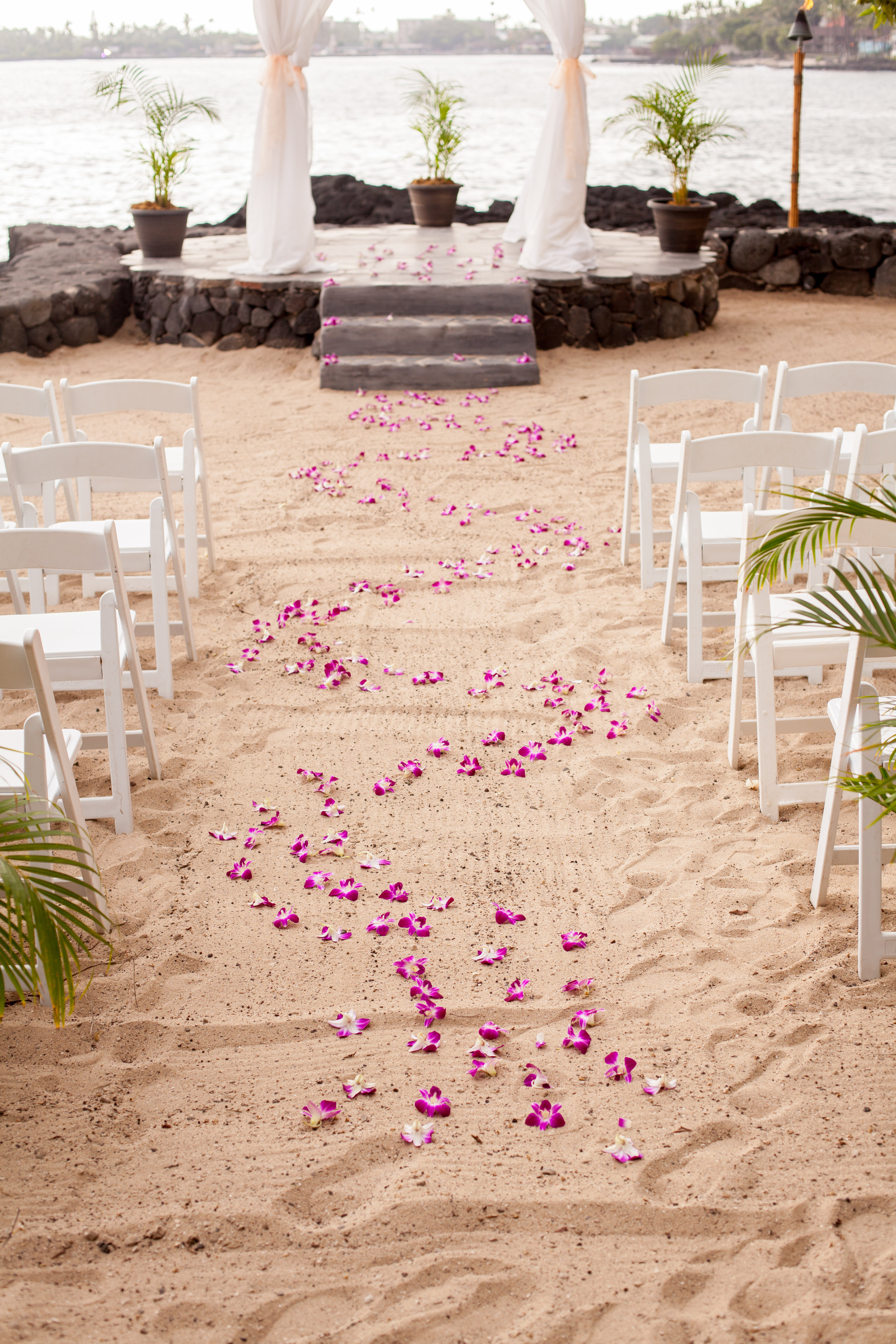 big island hawaii royal kona resort beach wedding © kelilina photography 20170615165825.jpg