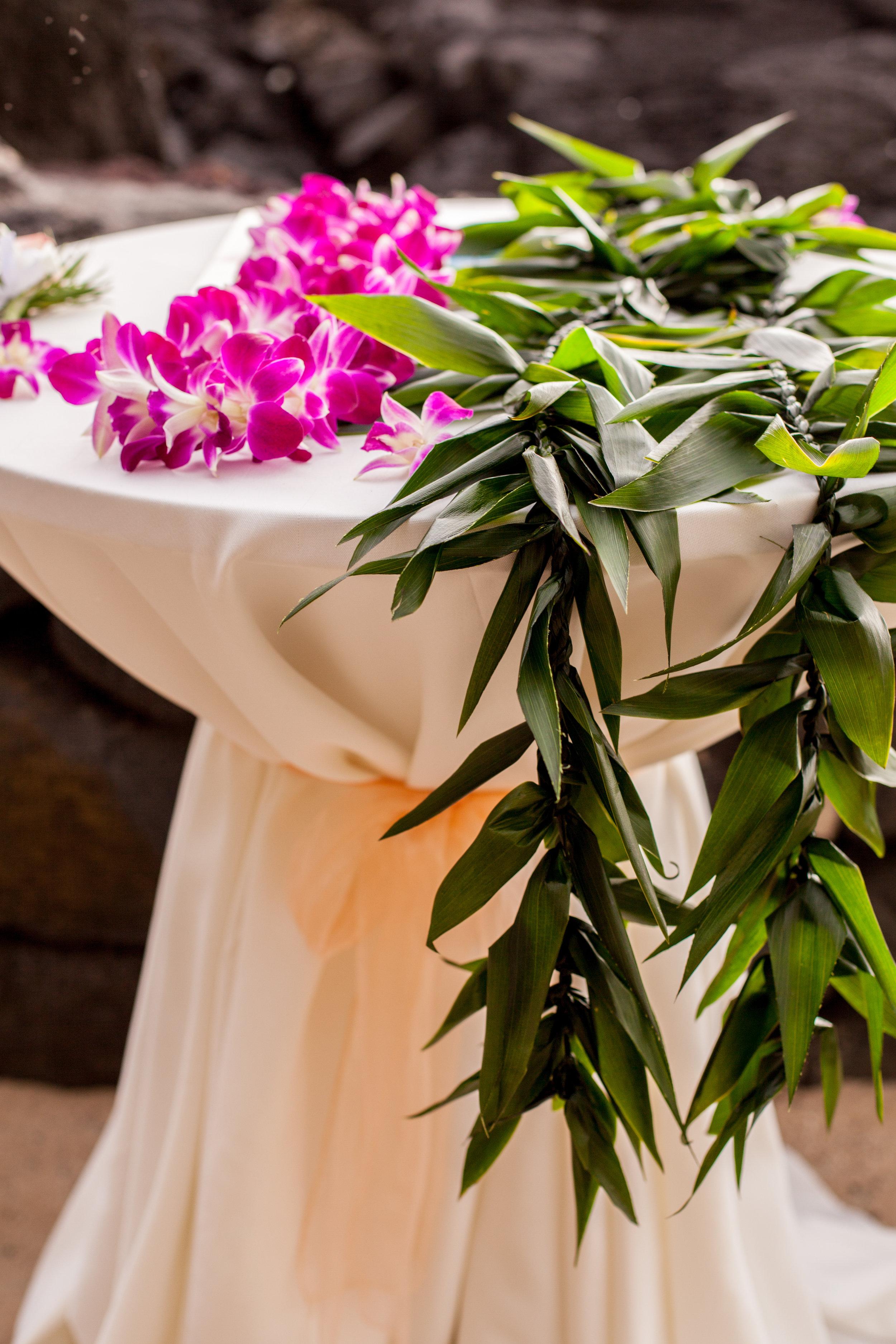 big island hawaii royal kona resort beach wedding © kelilina photography 20170615171639.jpg