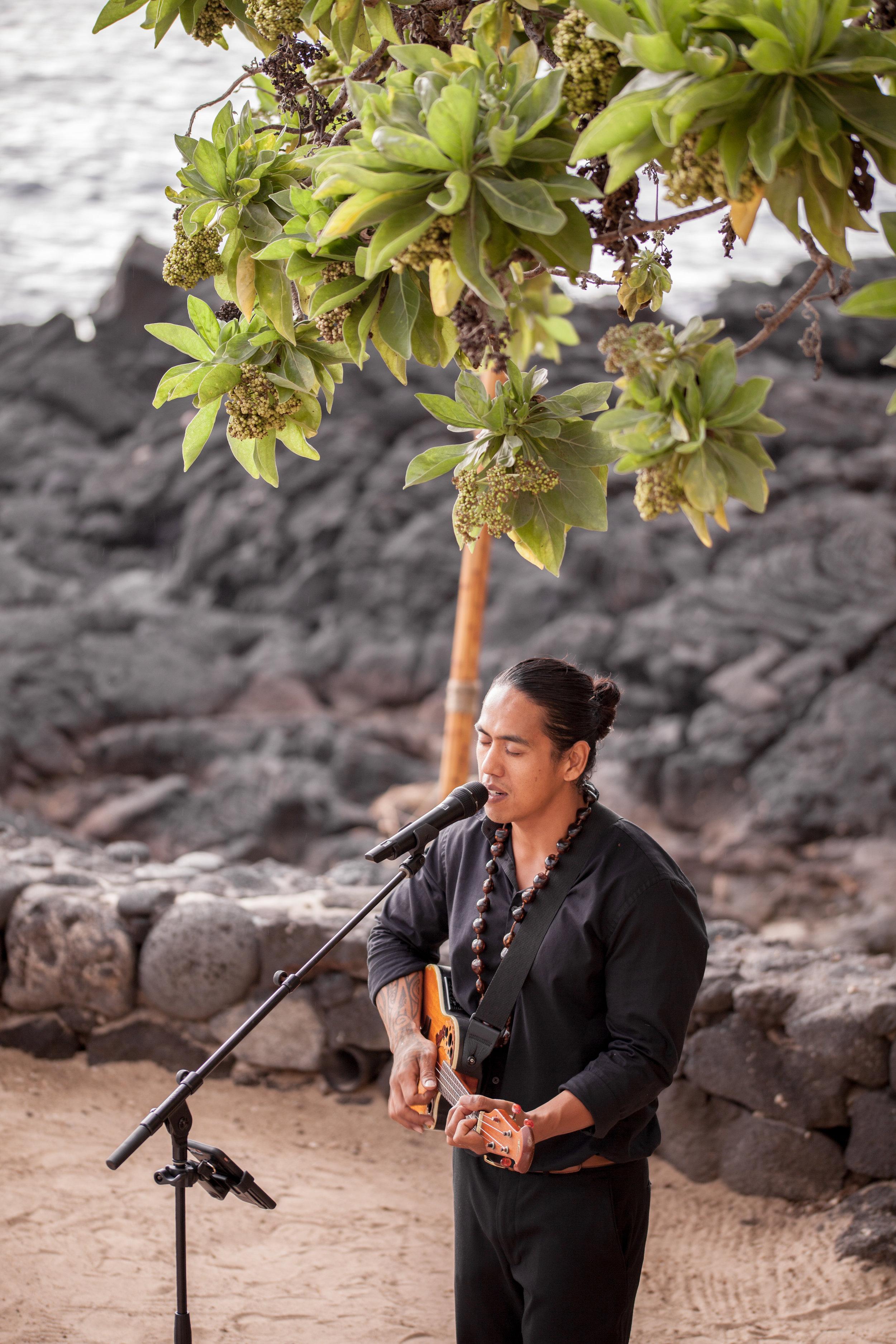 big island hawaii royal kona resort beach wedding © kelilina photography 20170615173057.jpg