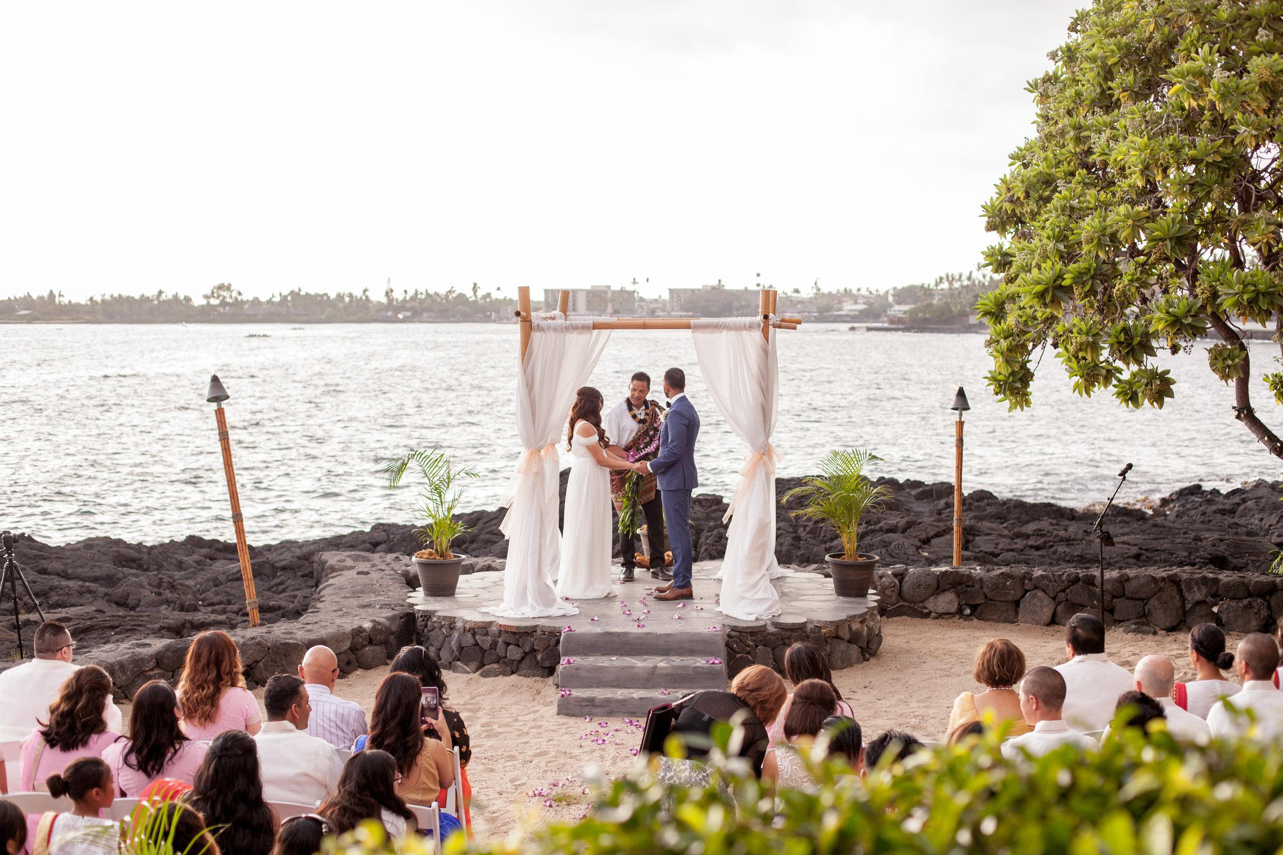 big island hawaii royal kona resort beach wedding © kelilina photography 20170615175429.jpg