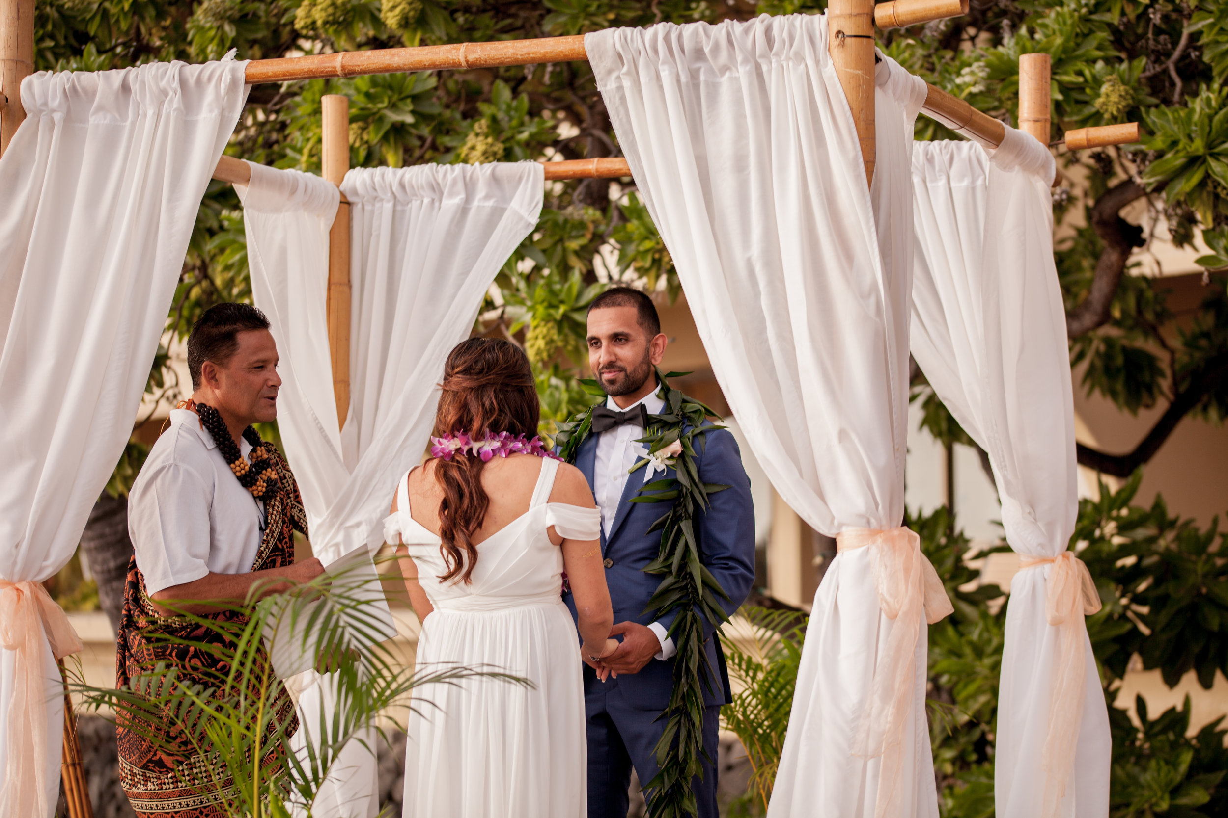 big island hawaii royal kona resort beach wedding © kelilina photography 20170615175840.jpg