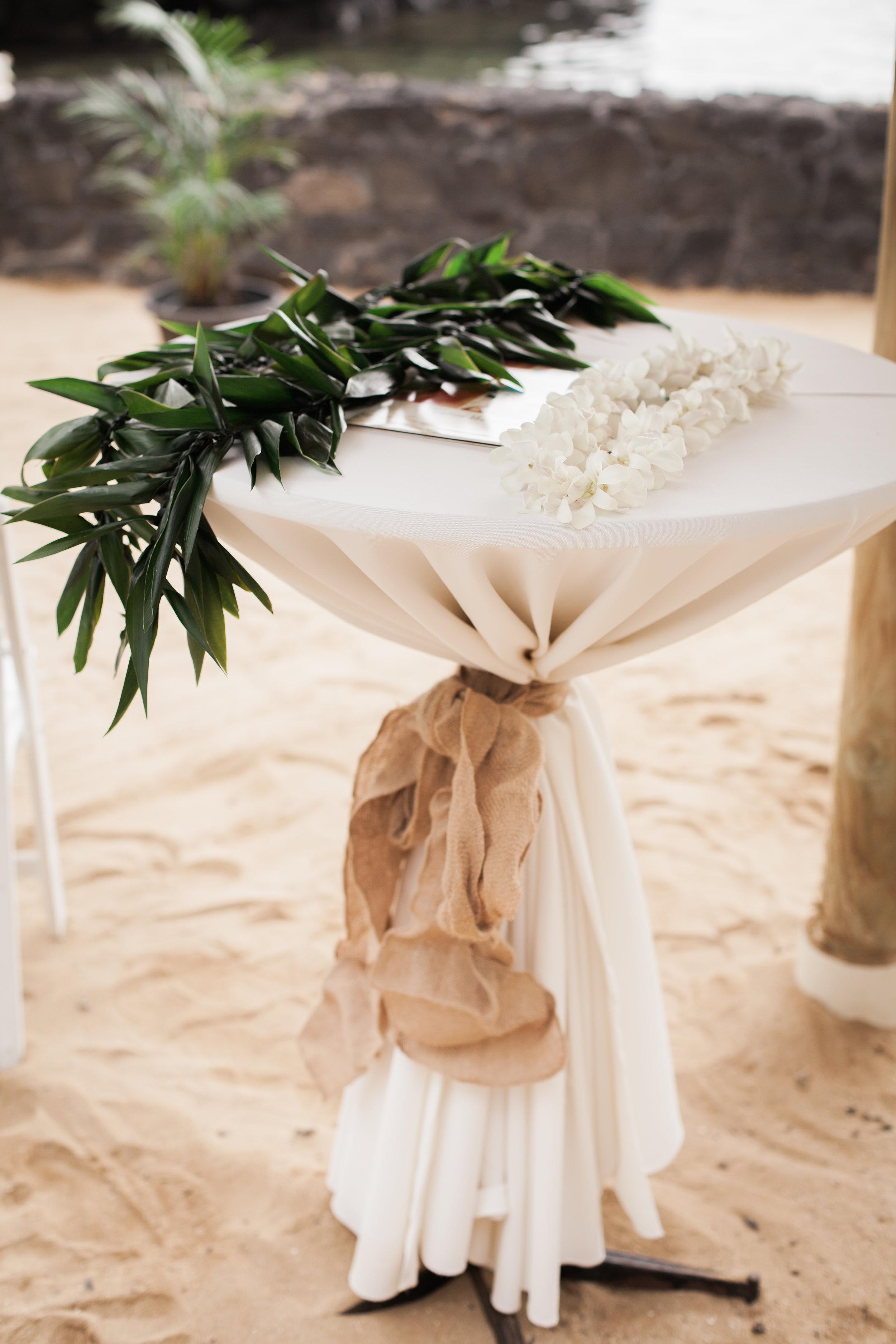 big island hawaii royal kona resort beach wedding © kelilina photography 20170520162002.jpg