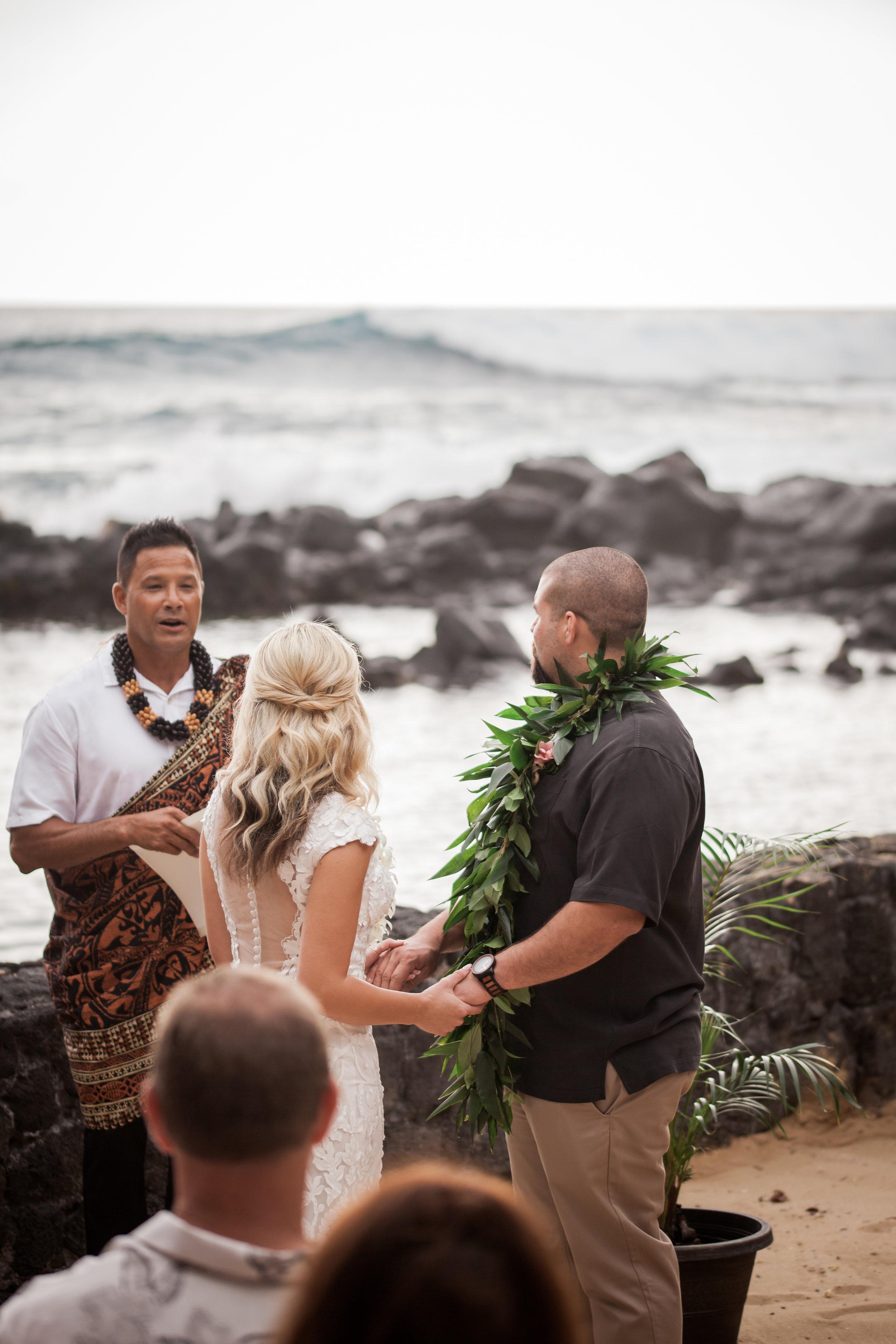 big island hawaii royal kona resort beach wedding © kelilina photography 20170520165712.jpg