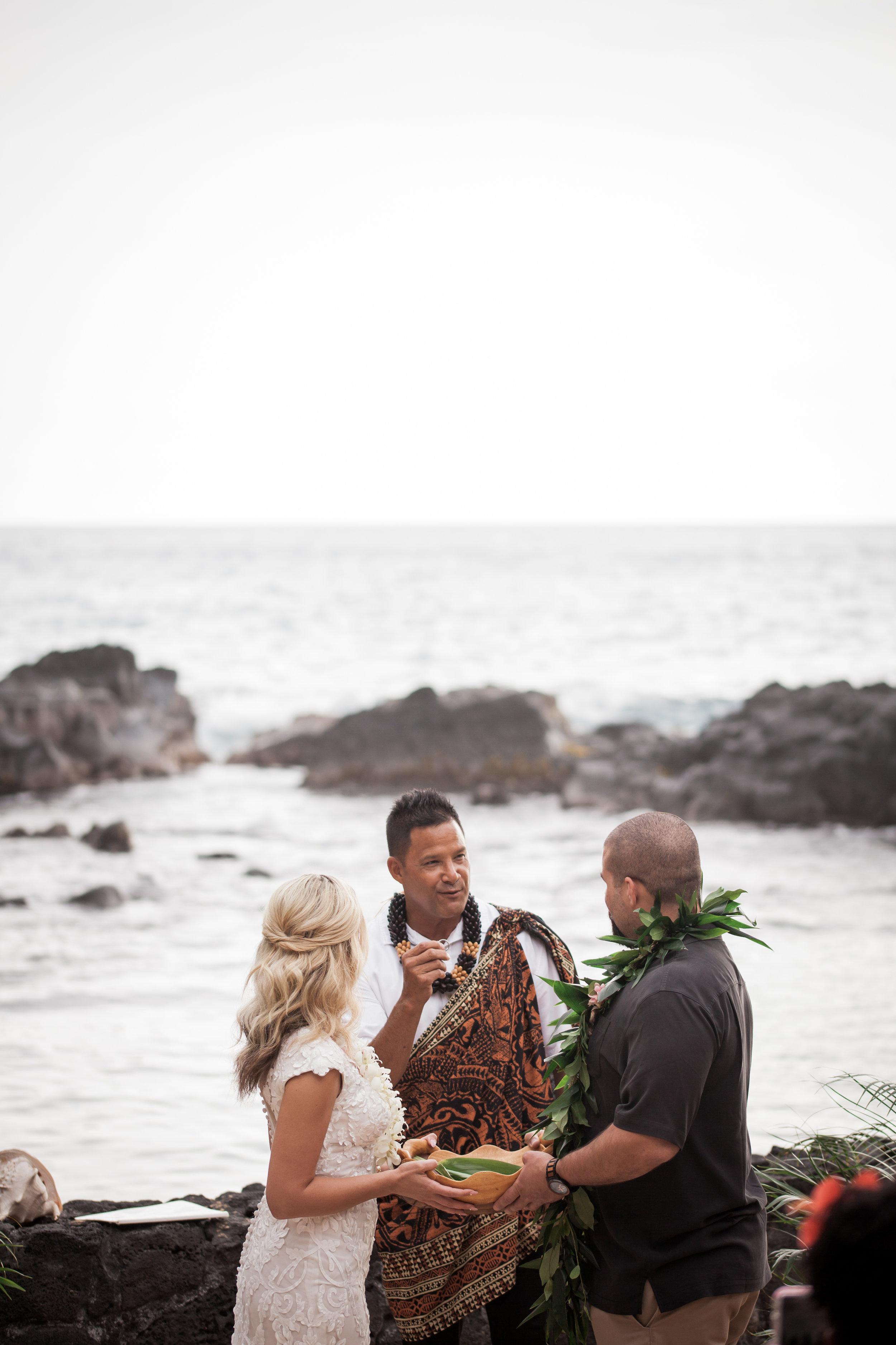 big island hawaii royal kona resort beach wedding © kelilina photography 20170520170043.jpg