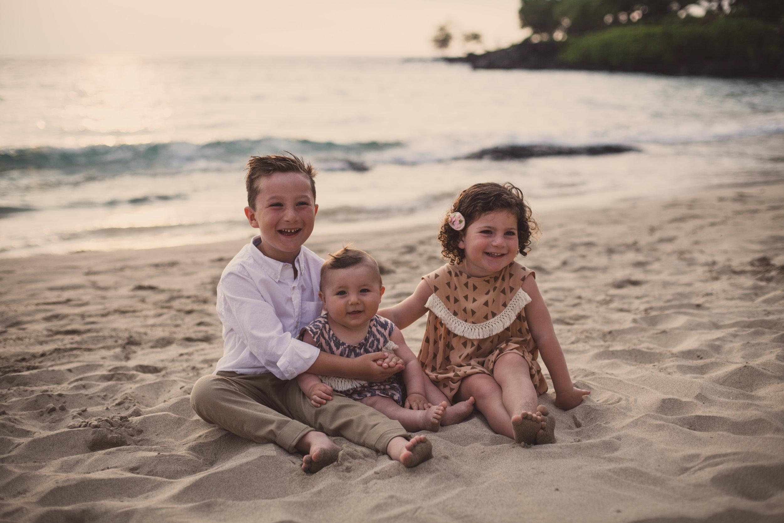 big island hawaii mauna kea beach family © kelilina photography 20170413181430.jpg