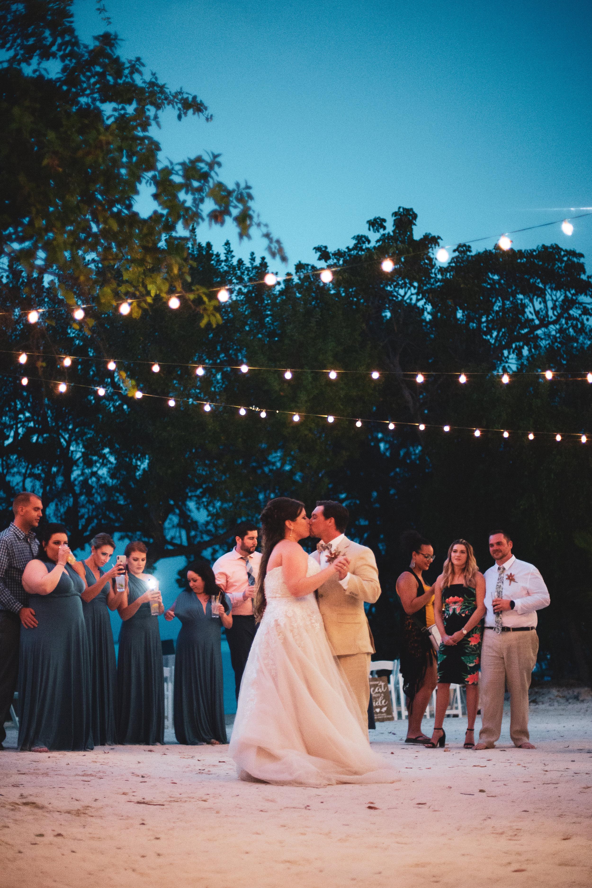 key largo florida beach wedding © kelilina photography 20190316185141-1.jpg