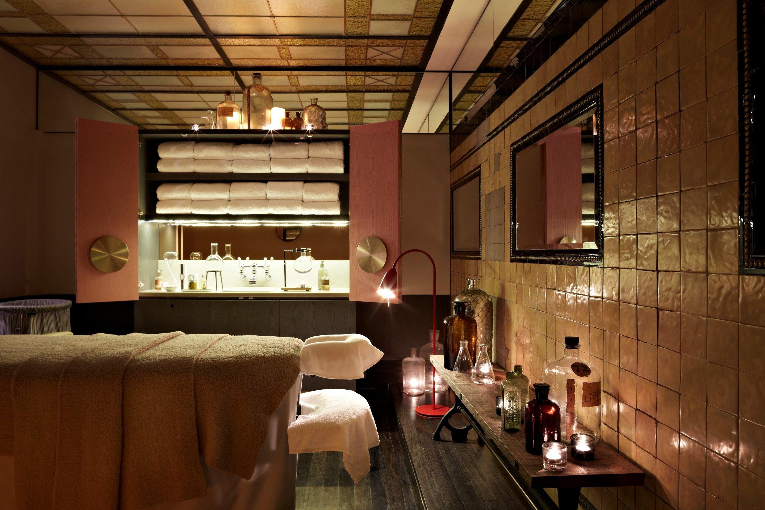 QT_Sydney_Private_Treatment_Room 20x m.jpg