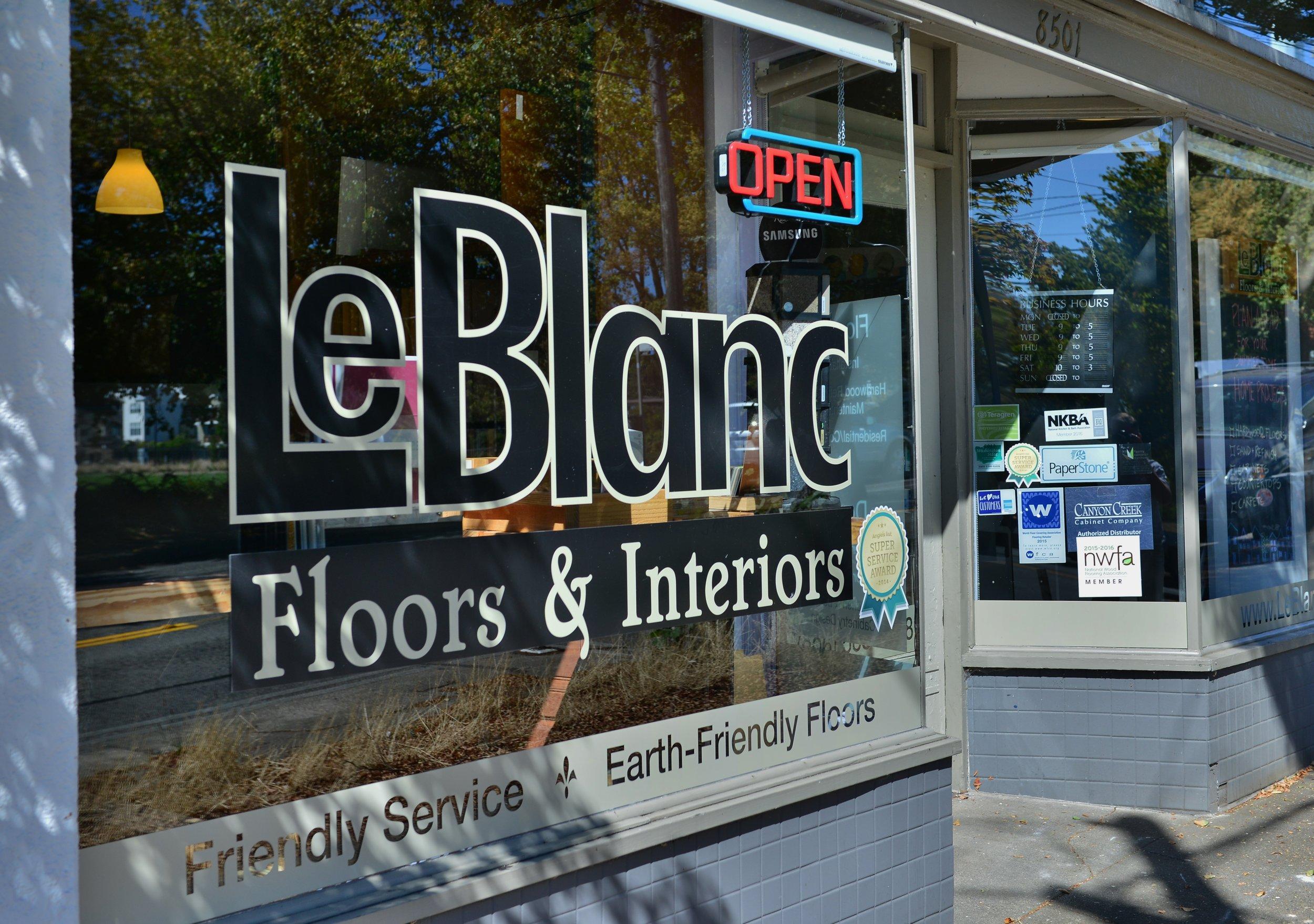 LeBlanc showroom, new pics 030.JPG