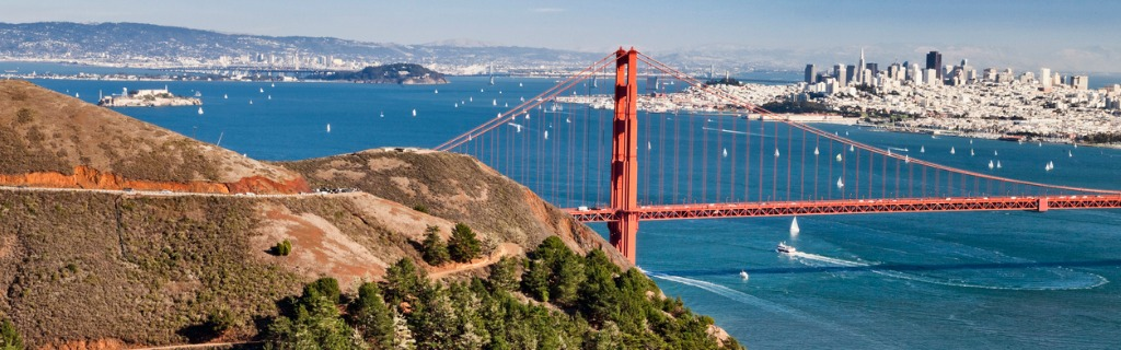 san-francisco-panorama-w-the-golden-gate-bridge-picture-id1126500741.jpg