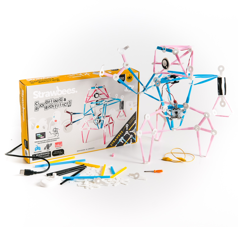 Strawbees Coding Robotics kit set.jpg