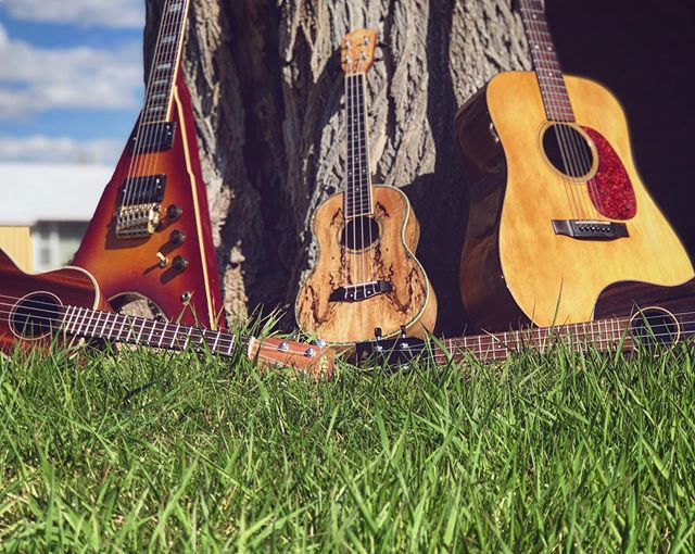 🎶🎶🎶🎶 #fatstallionfam #unityoveruniformity #focomusic #lovelandmusic #loco #noco #musicteachers #musicproducers #experiencerock #divertedstudios #bassguitars #celloplayer #singersofinstagram #recordingartists #loveforall #loveyourself💕 #selfcaredaily #lookforthegood #bebetterthanyesterday #producerlifestyle #communityofpoets #poeticjustice #composers #composerslife #musicteachersofinstagram #bassclefisthebestclef