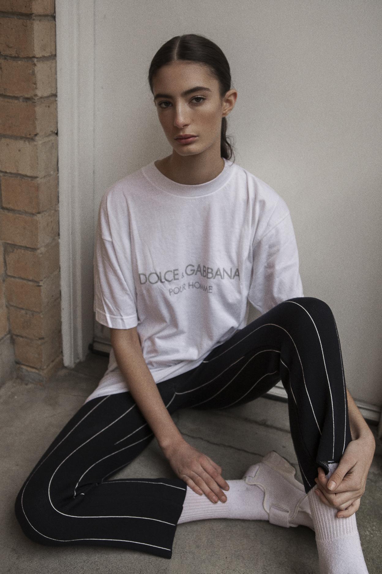 t-shirt vintage d&g  pants  topshop  socks  adidas  shoes nike