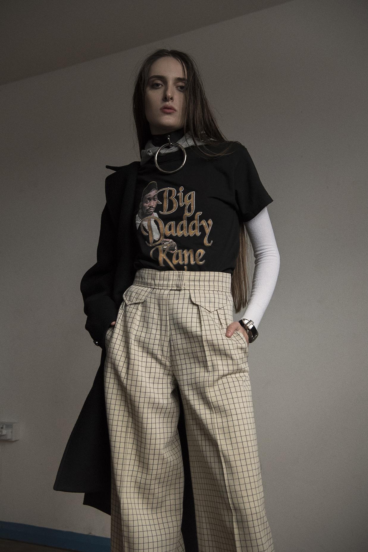 ring choker  hanger  t-shirt  model's own  trousers  chloe  coat  liful