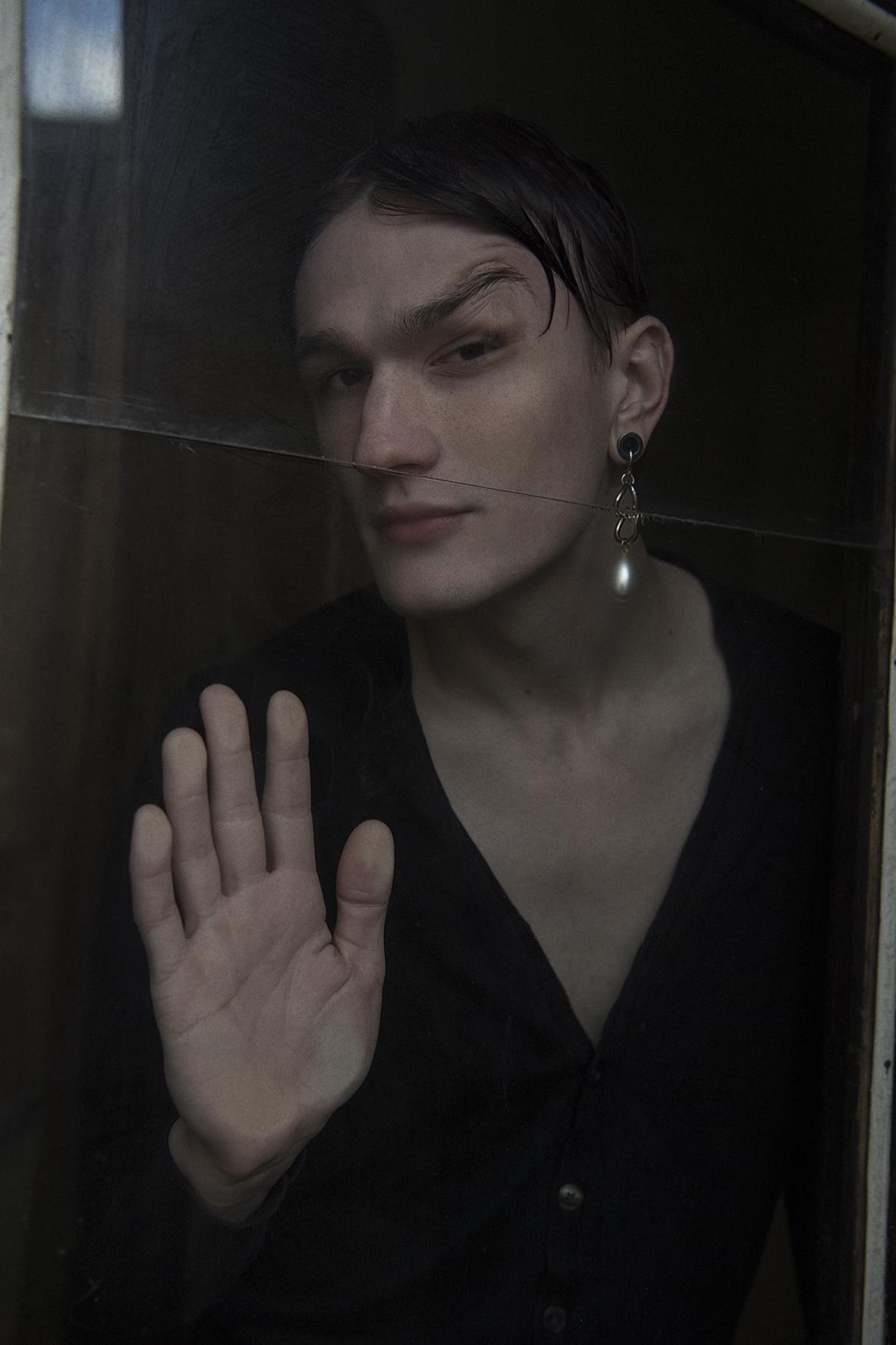 cardigan  model's own  earring  aaizél