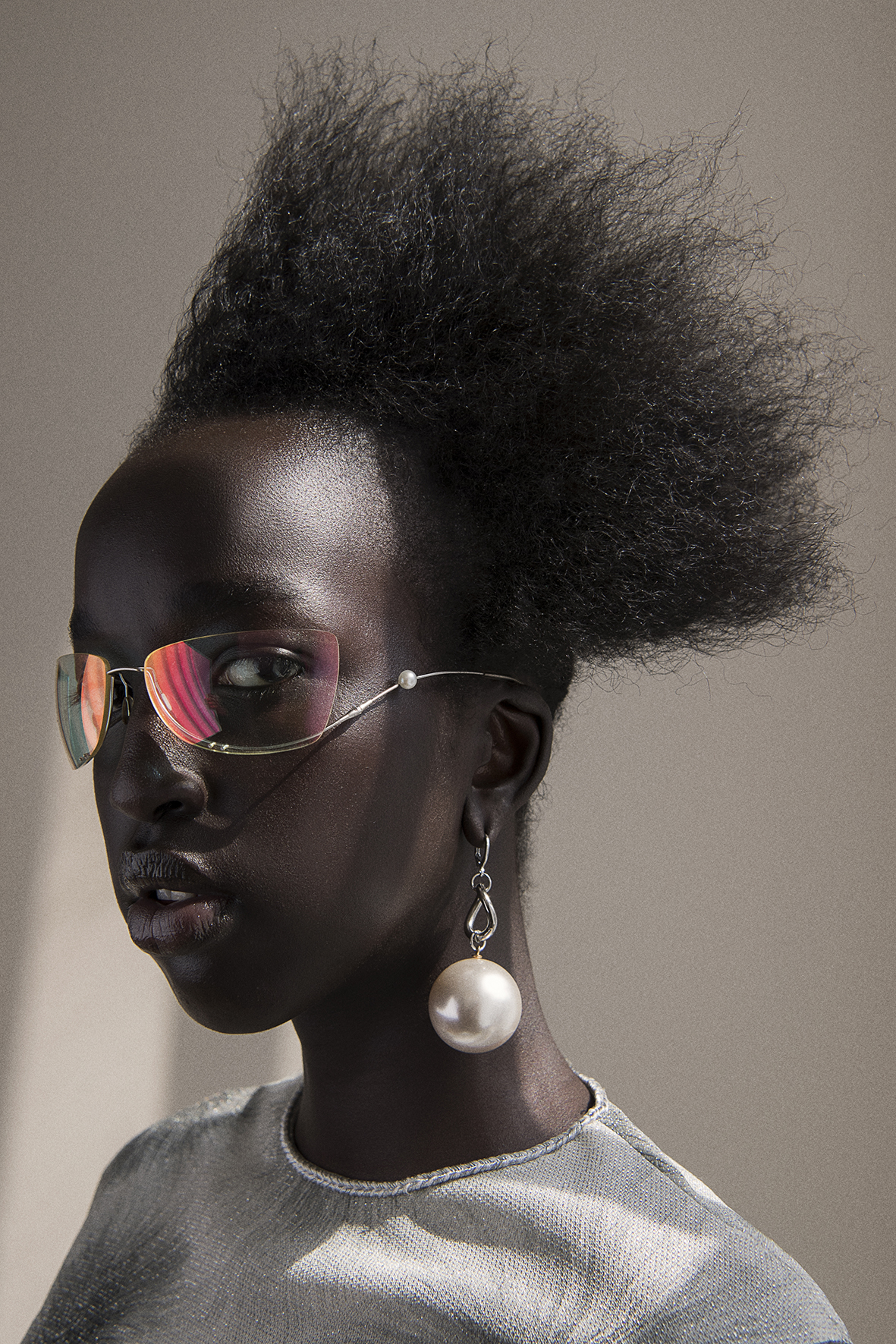 dress  the market cartel  sunglasses  vintage chanel  corset  freckle made  earring  aaizél