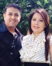 - Los Pastores Raúl y Maria Rodríguez, Originarios de México, tienen dos hijos Raul Jr y Michelle.Entregaron sus vidas al Señor en 2003. Están sirviendo en Lightohuse desde 2012 y como Pastores del Ministerio Latino desde 2014