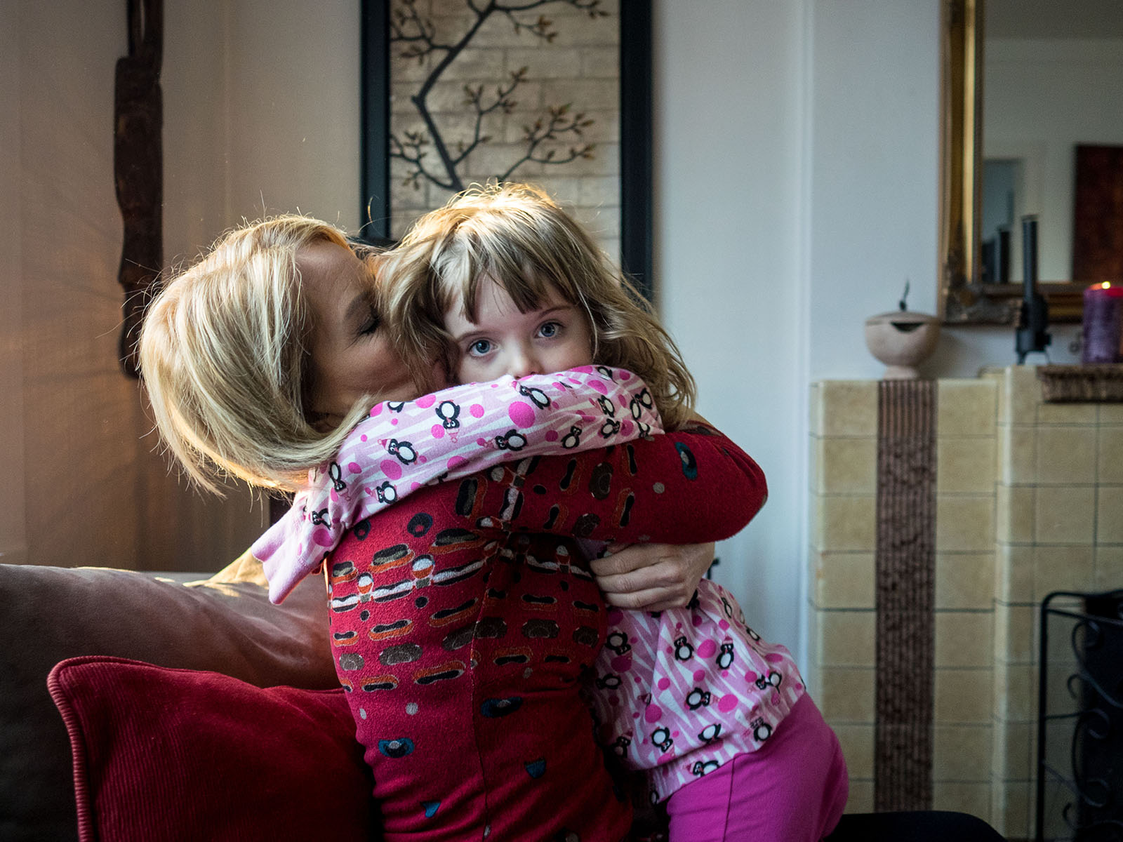 Dr. Inga Dóra Sigfúsdóttir with her five year old daughter from the book   An Equal Difference