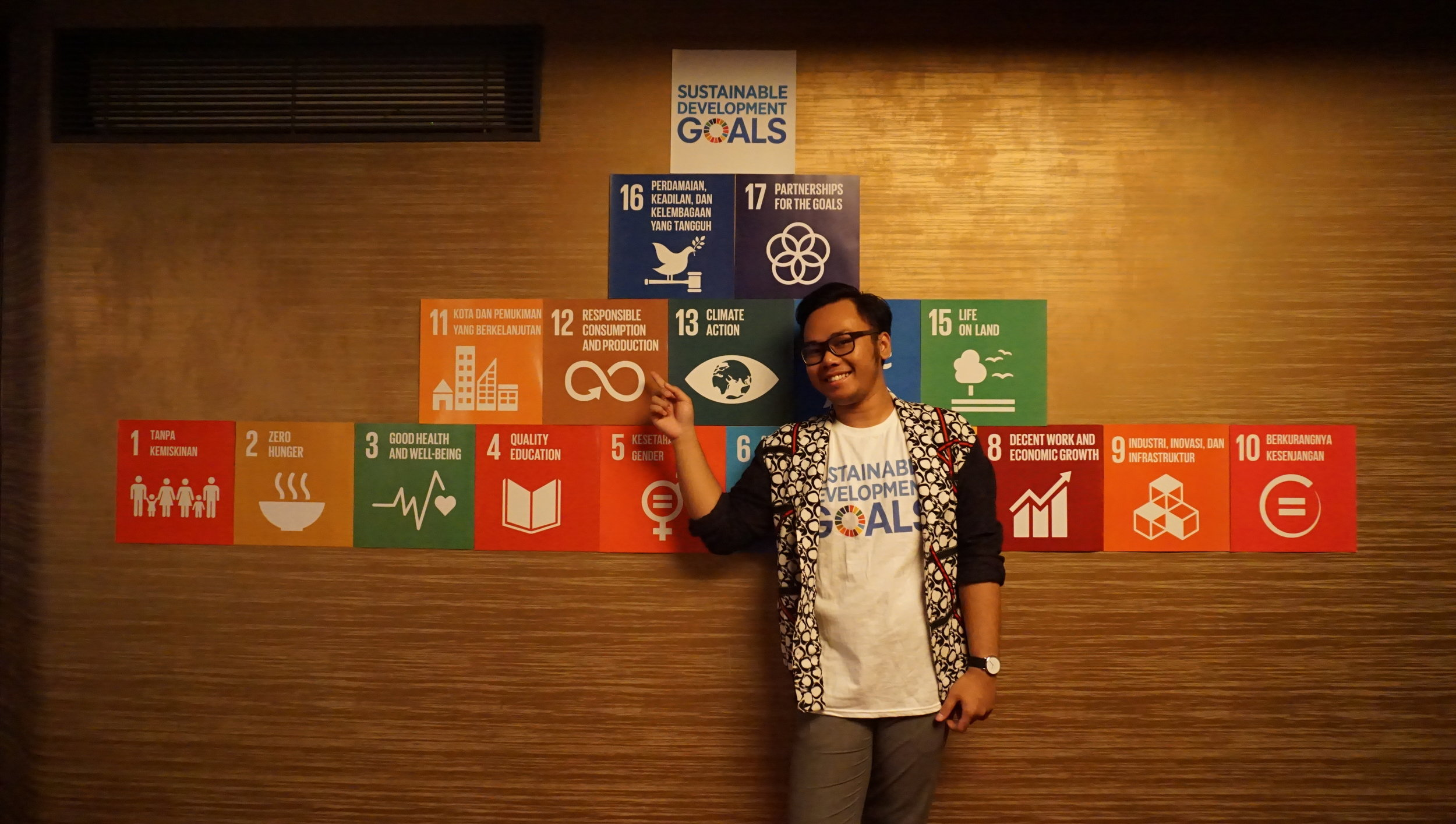 Me with the SDG Pyramid, Goal #12 is my priority.