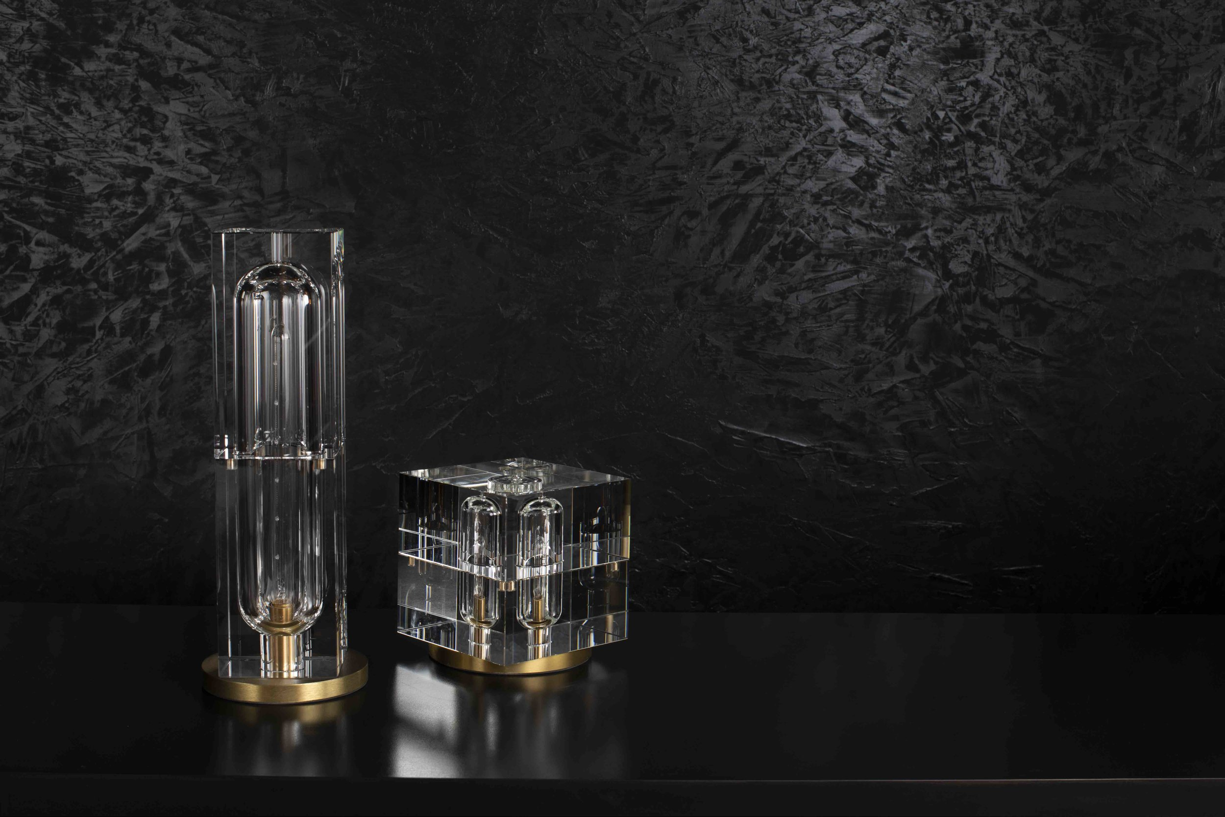 Jonathan Browning - Glacon Table Lamp.jpg