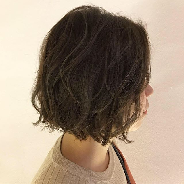 Soft wave bob using curring iron × Ash brown🎨 by Rika