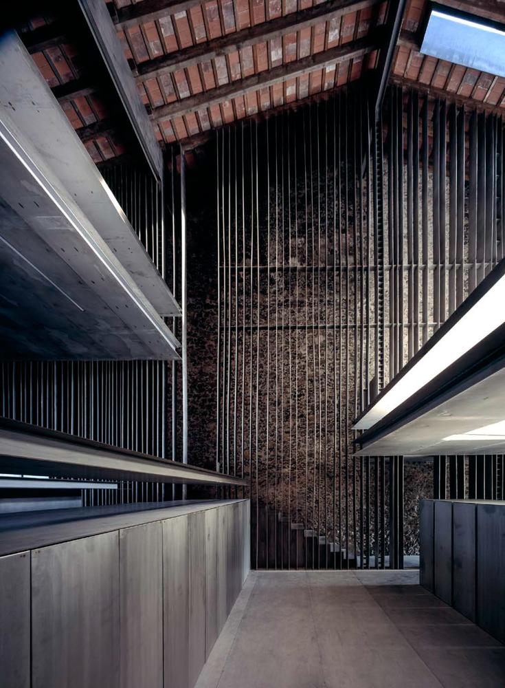 Row House - Source: Hisao Suzuki