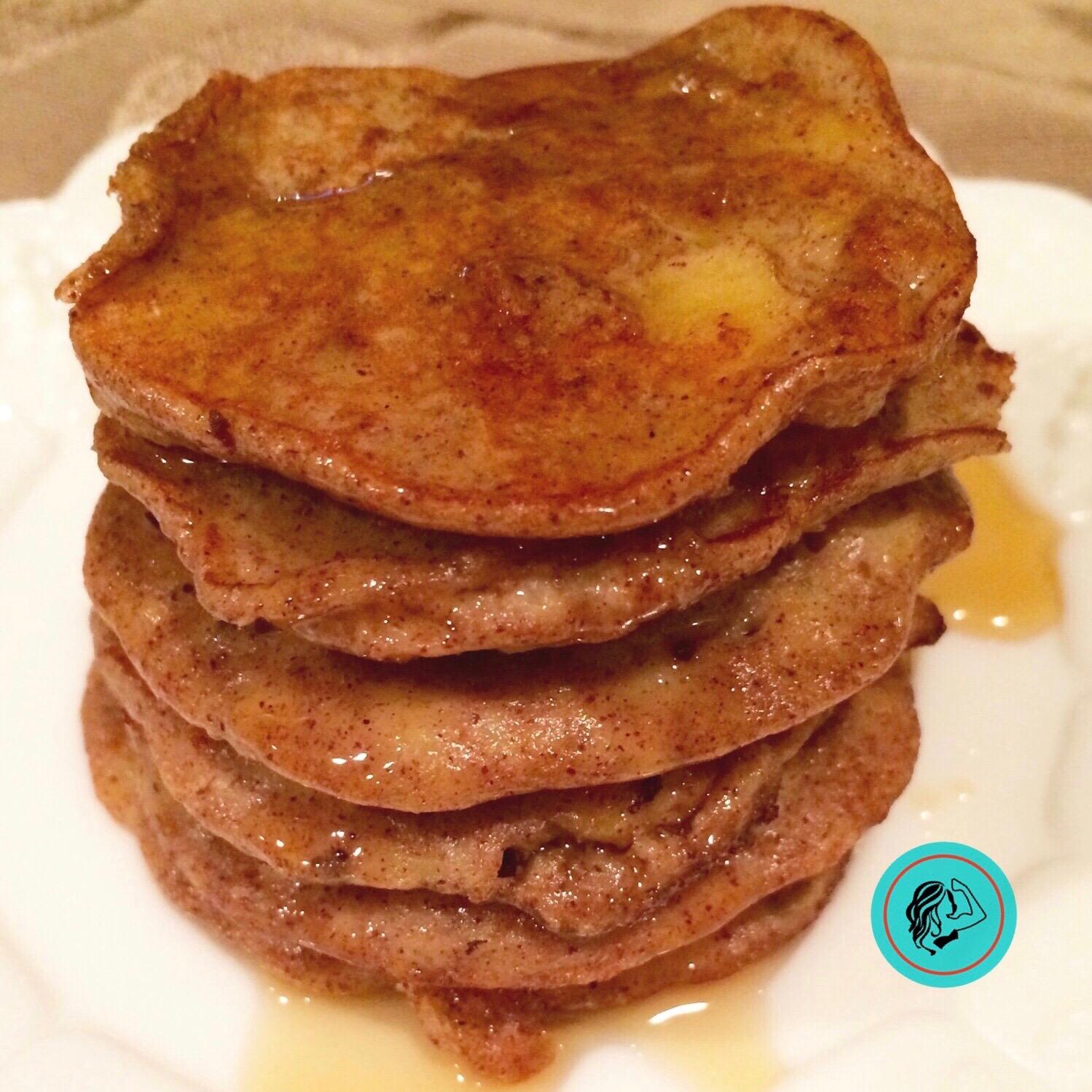 Healthy Apple Cinnamon Pancakes