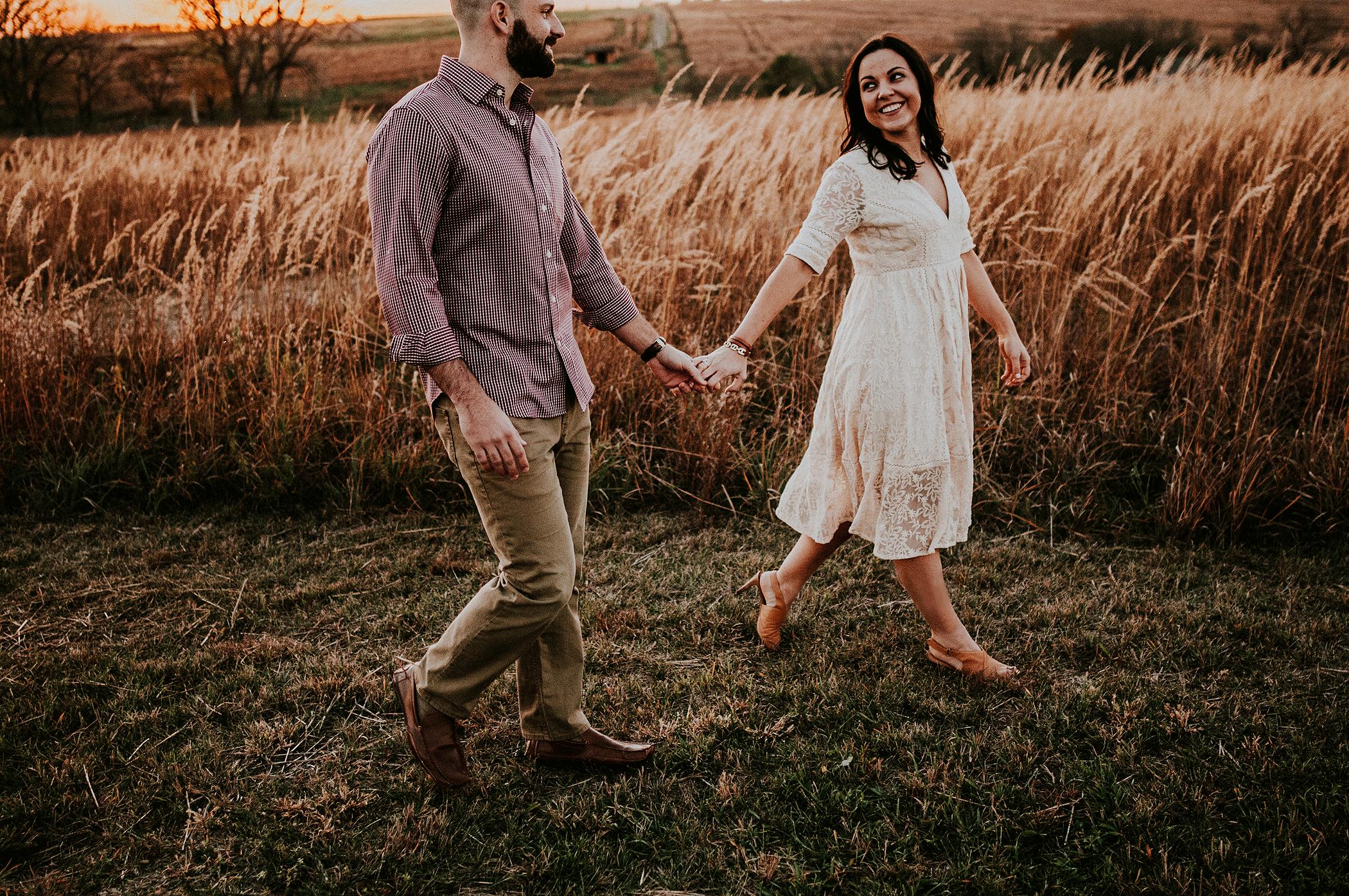 Phil-and-Tara(Engaged)-330.png