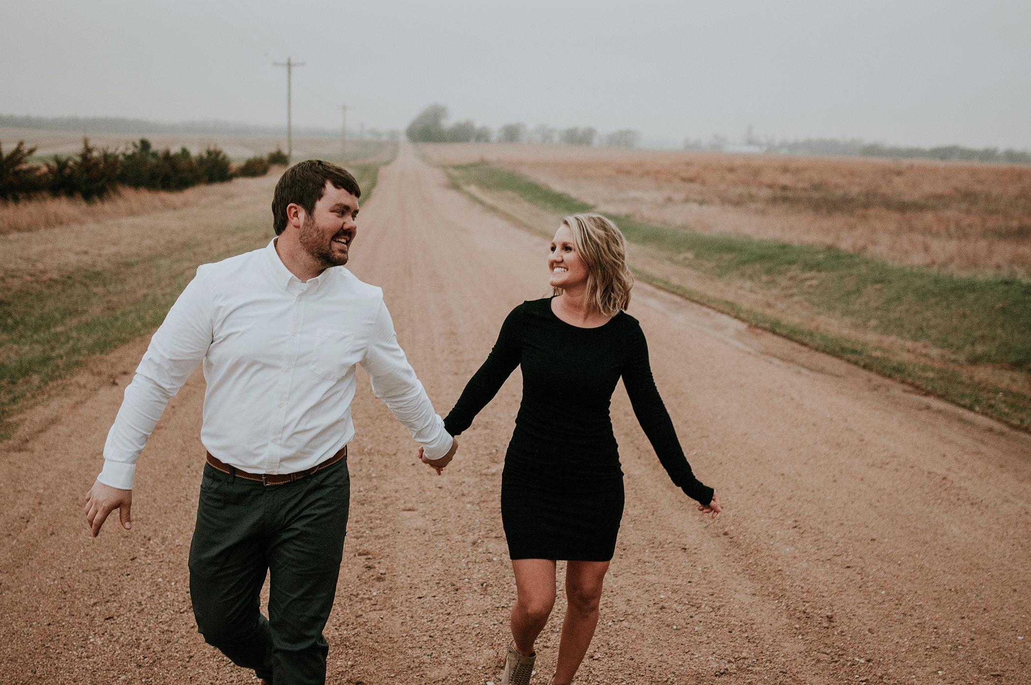 kaylie-sirek-nebraska-wedding-engagement-photographer-photography-grand-island-kearney-hastings-lincoln-31.png