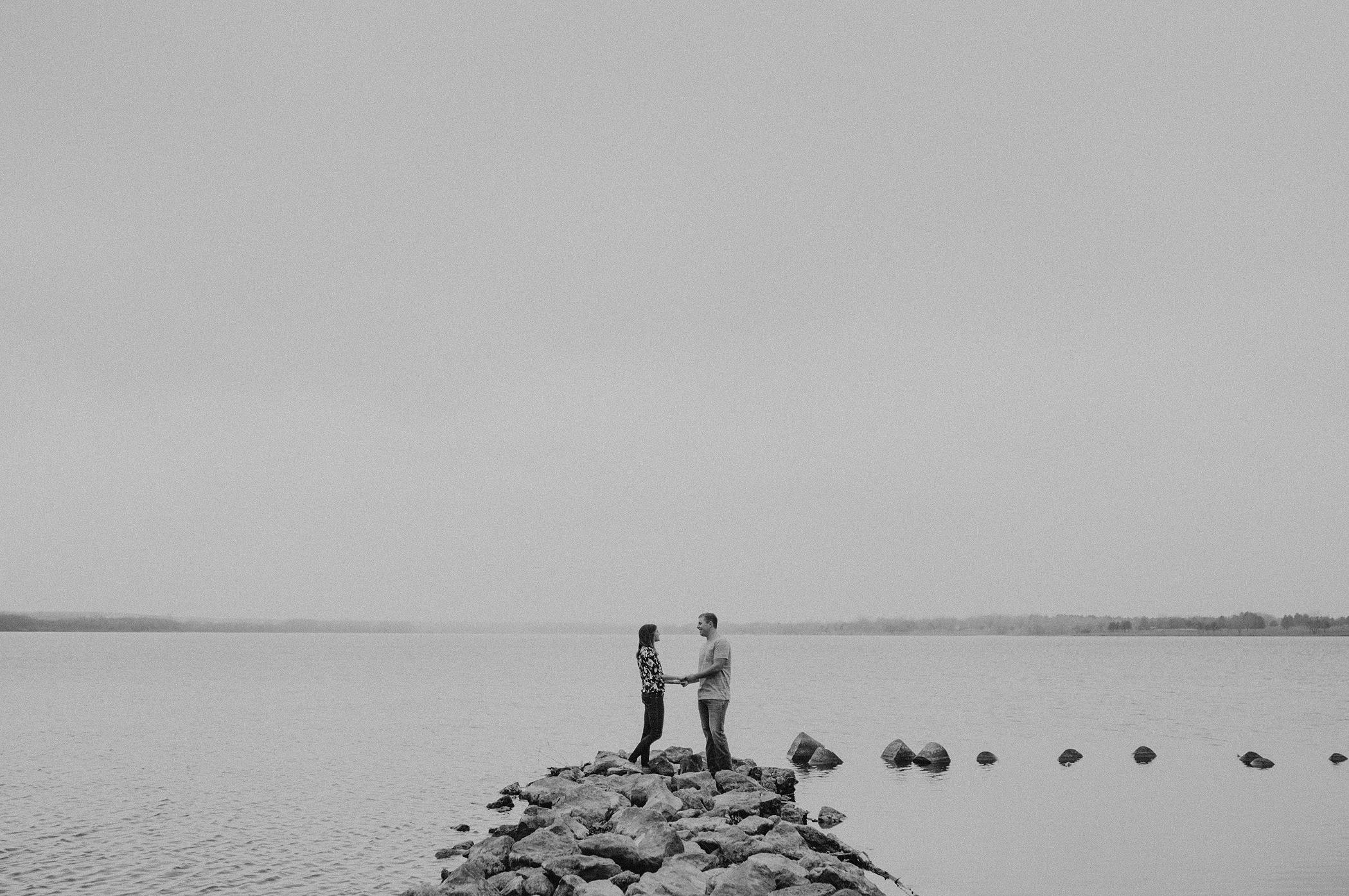 kaylie-sirek-nebraska-wedding-engagement-photographer-photography-grand-island-kearney-hastings-lincoln-19.png