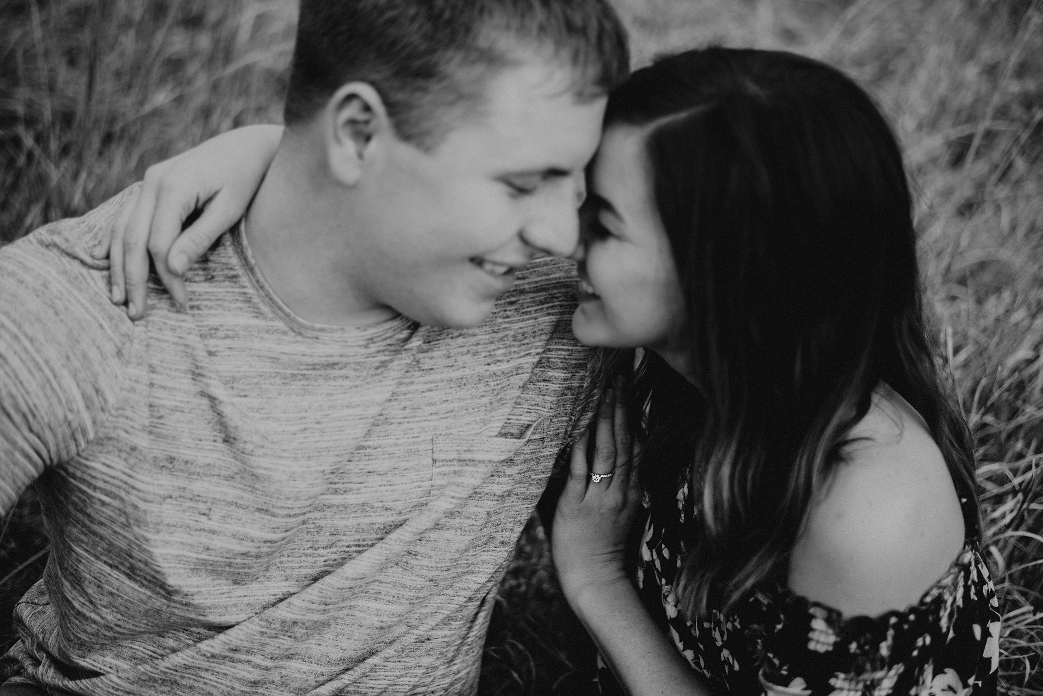 kaylie-sirek-nebraska-wedding-engagement-photographer-photography-grand-island-kearney-hastings-lincoln-32.png