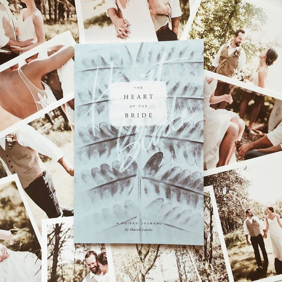 the-heart-of-the-bride-kaylie-sirek-photography-the-bare-bride-guided-journal.jpg