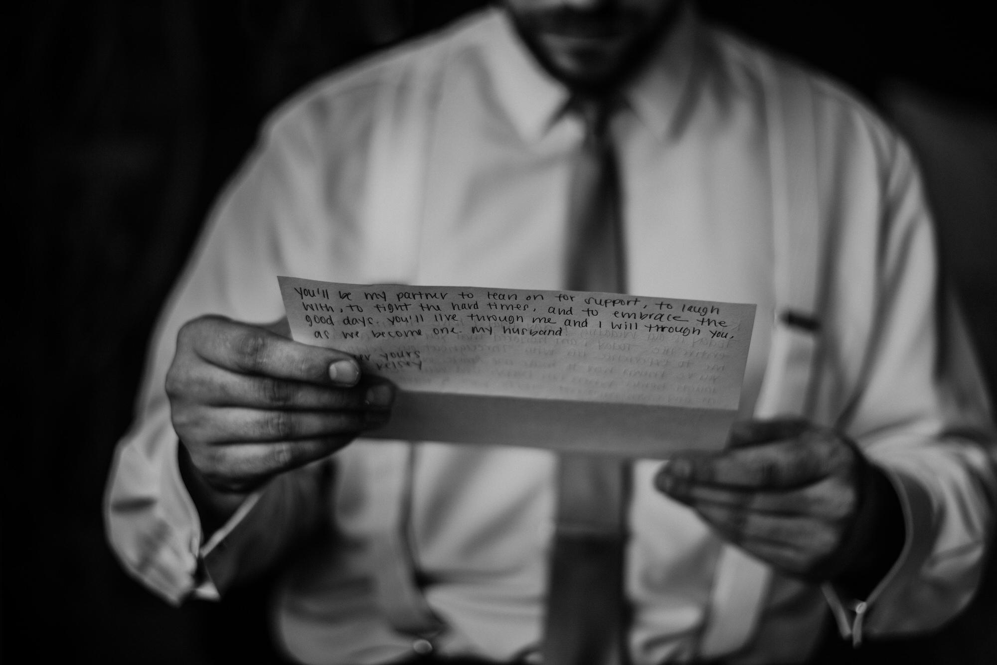 Kaylie_Sirek_Photography_Grand_Island_Kearney_Hastings_Lincoln_Nebraska_Wedding_Engagement_Grandma_Grandparent_Delray_Downtown_DowntownLincoln_LNK_Emotional_Bride_Groom_Photographer_16.jpg