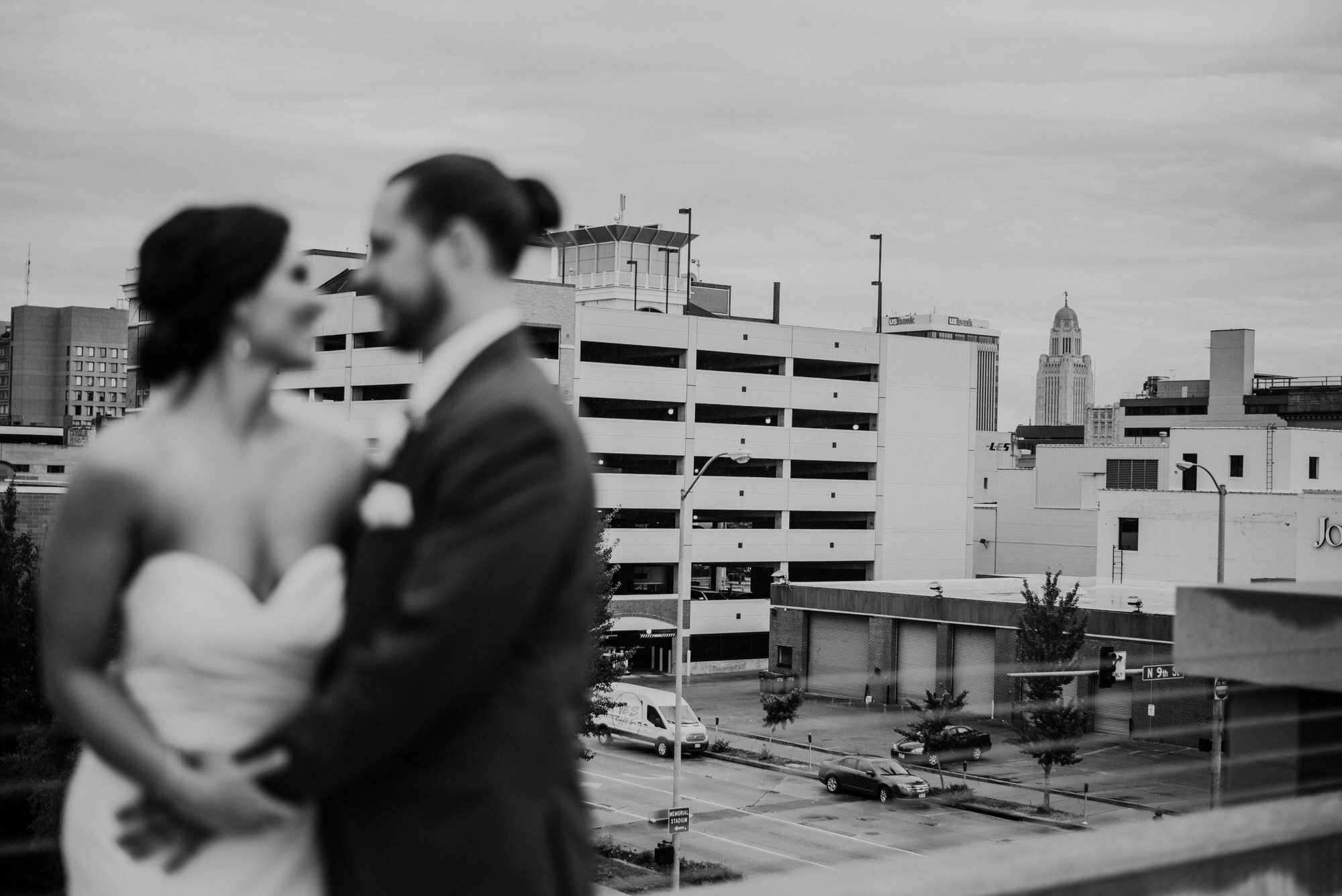 Kaylie_Sirek_Photography_Grand_Island_Kearney_Hastings_Lincoln_Nebraska_Wedding_Engagement_Grandma_Grandparent_Delray_Downtown_DowntownLincoln_LNK_Emotional_Bride_Groom_Photographer_31.jpg