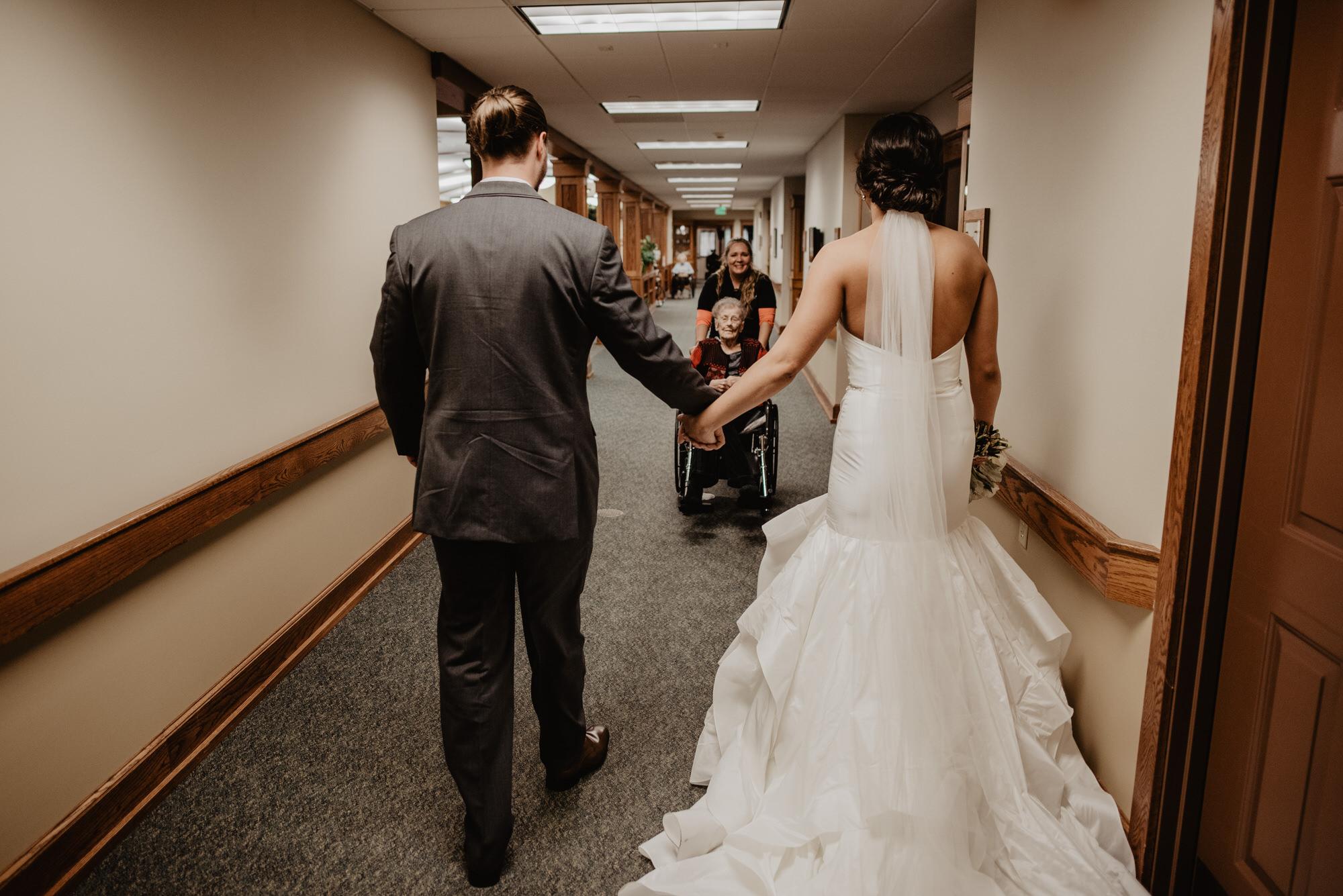 Kaylie_Sirek_Photography_Grand_Island_Kearney_Hastings_Lincoln_Nebraska_Wedding_Engagement_Grandma_Grandparent_Delray_Downtown_DowntownLincoln_LNK_Emotional_Bride_Groom_Photographer_32.jpg