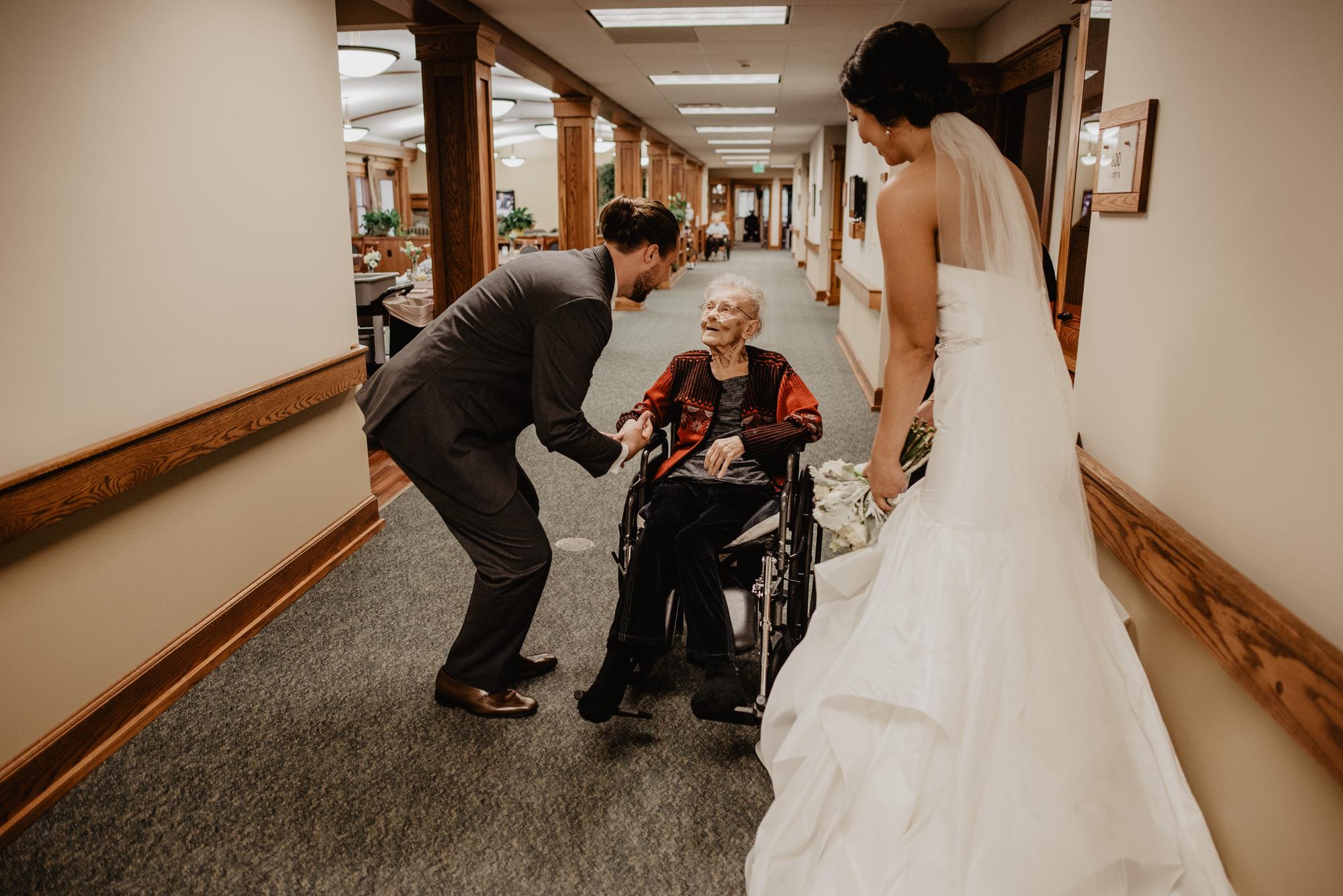 Kaylie_Sirek_Photography_Grand_Island_Kearney_Hastings_Lincoln_Nebraska_Wedding_Engagement_Grandma_Grandparent_Delray_Downtown_DowntownLincoln_LNK_Emotional_Bride_Groom_Photographer_33.jpg