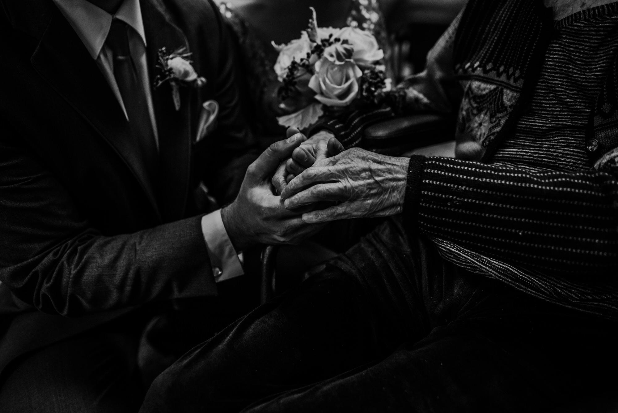 Kaylie_Sirek_Photography_Grand_Island_Kearney_Hastings_Lincoln_Nebraska_Wedding_Engagement_Grandma_Grandparent_Delray_Downtown_DowntownLincoln_LNK_Emotional_Bride_Groom_Photographer_39.jpg