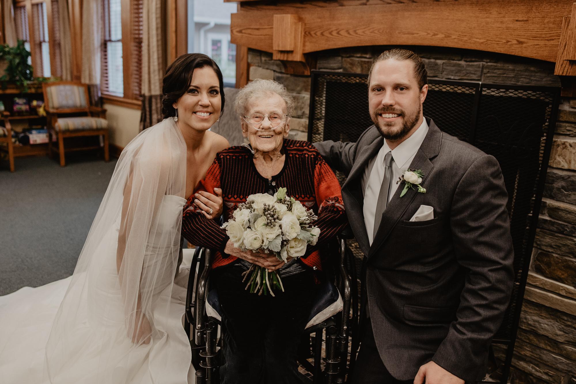 Kaylie_Sirek_Photography_Grand_Island_Kearney_Hastings_Lincoln_Nebraska_Wedding_Engagement_Grandma_Grandparent_Delray_Downtown_DowntownLincoln_LNK_Emotional_Bride_Groom_Photographer_41.jpg