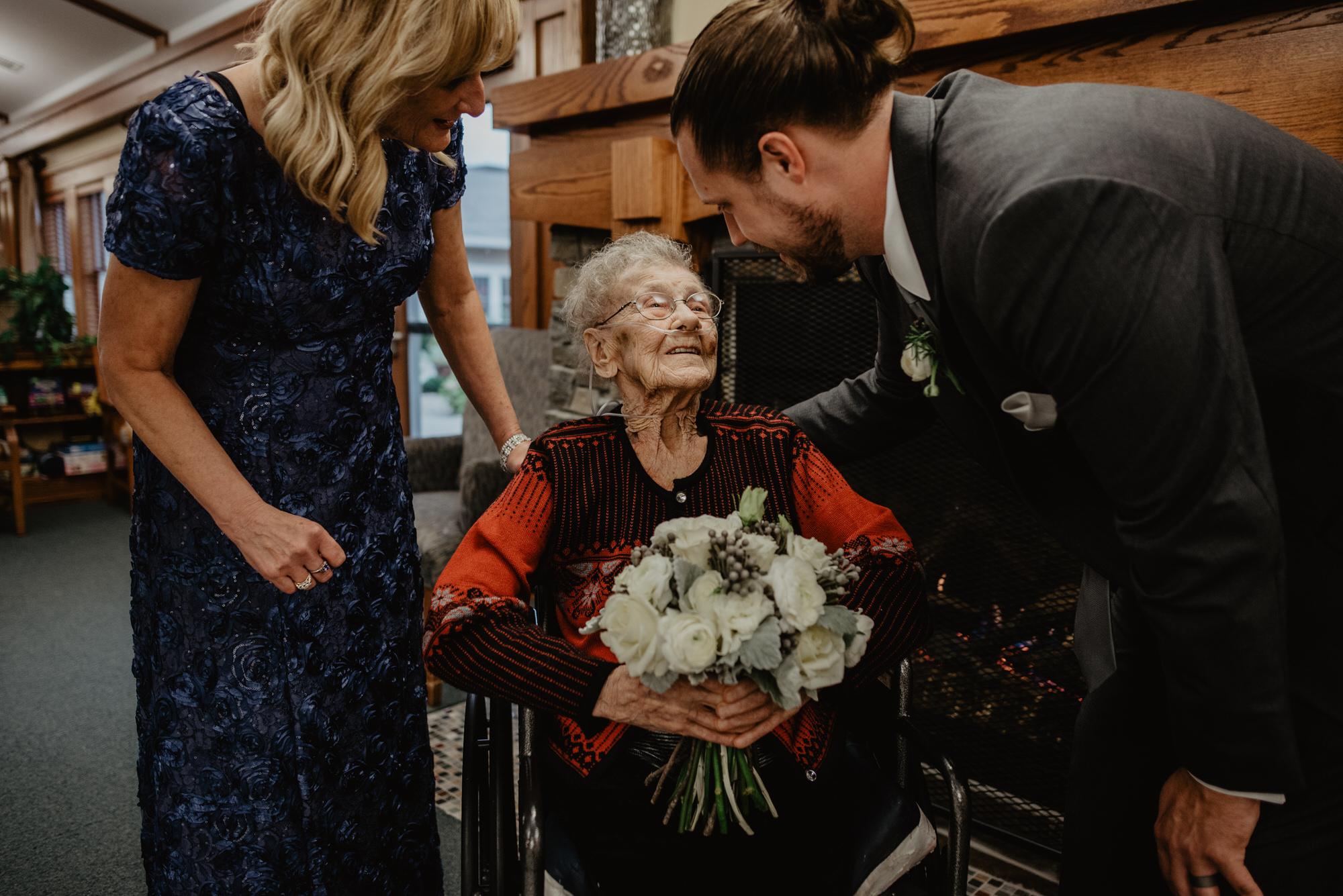 Kaylie_Sirek_Photography_Grand_Island_Kearney_Hastings_Lincoln_Nebraska_Wedding_Engagement_Grandma_Grandparent_Delray_Downtown_DowntownLincoln_LNK_Emotional_Bride_Groom_Photographer_46.jpg