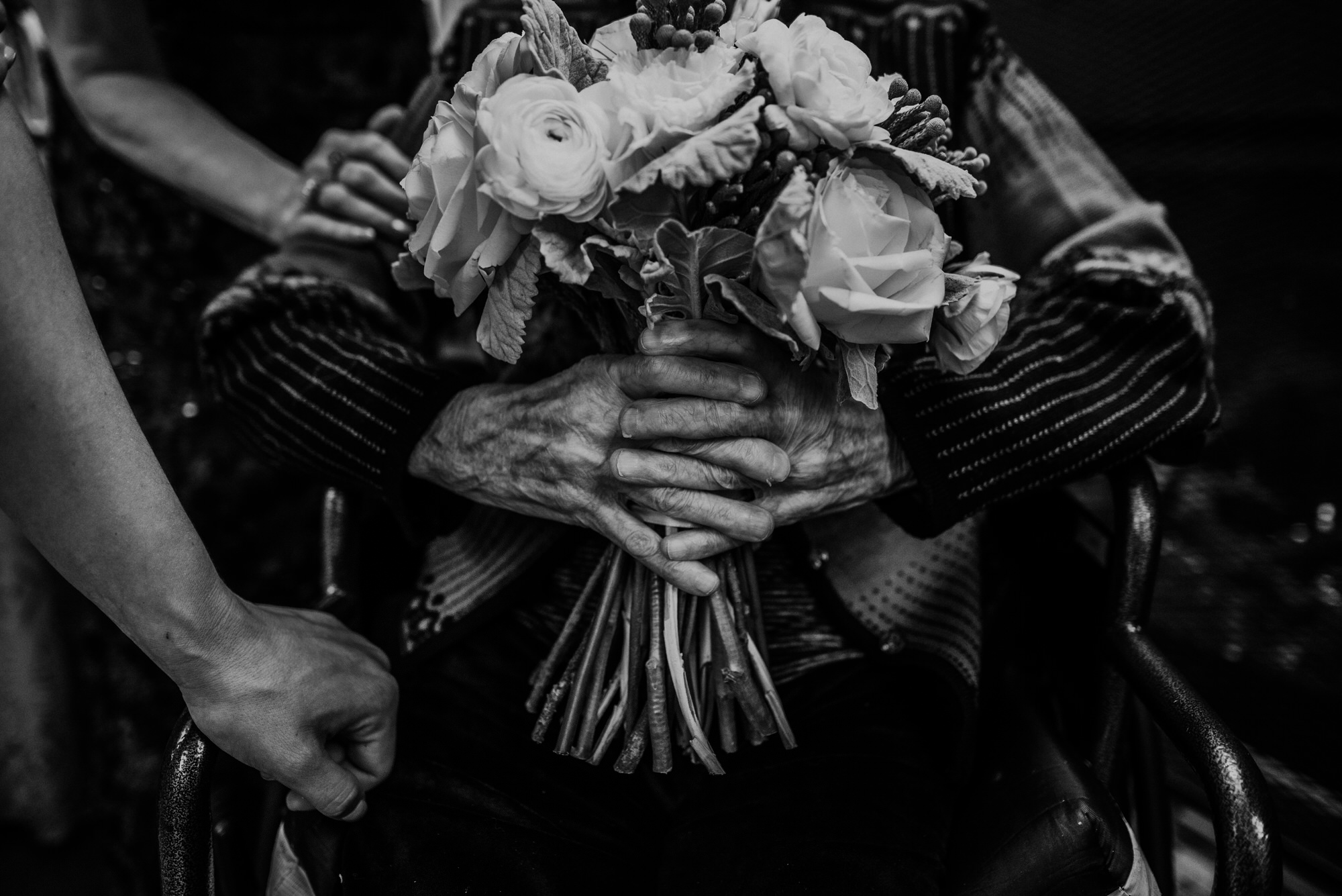 Kaylie_Sirek_Photography_Grand_Island_Kearney_Hastings_Lincoln_Nebraska_Wedding_Engagement_Grandma_Grandparent_Delray_Downtown_DowntownLincoln_LNK_Emotional_Bride_Groom_Photographer_48.jpg