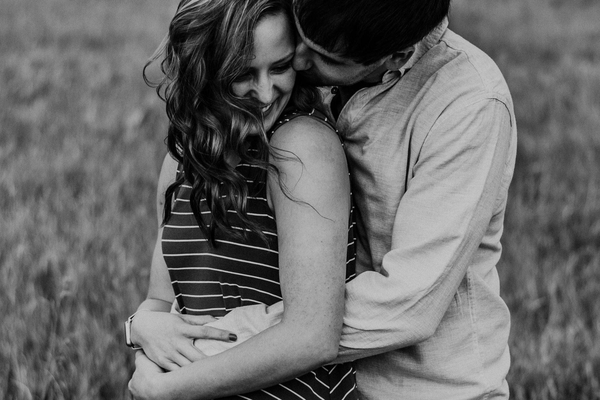 Kaylie-Sirek-Photography-wedding-engagement-photographer-Grand-Island-Kearney-Hastings-Lincoln-Nebraska-central-midwest-moments-trump-posing-natural-light-engaged-01.jpg
