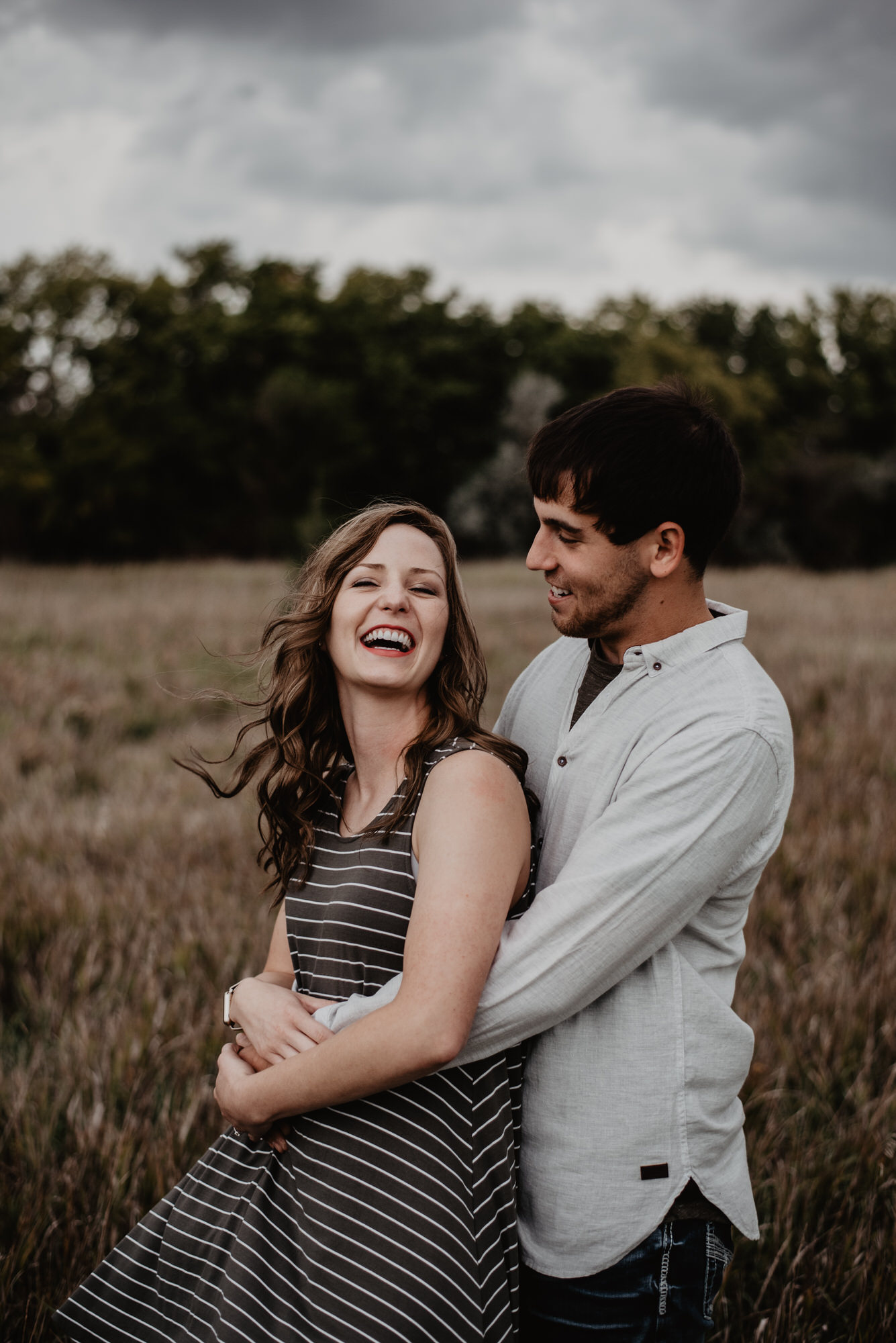 Kaylie-Sirek-Photography-wedding-engagement-photographer-Grand-Island-Kearney-Hastings-Lincoln-Nebraska-central-midwest-moments-trump-posing-natural-light-engaged-06.jpg