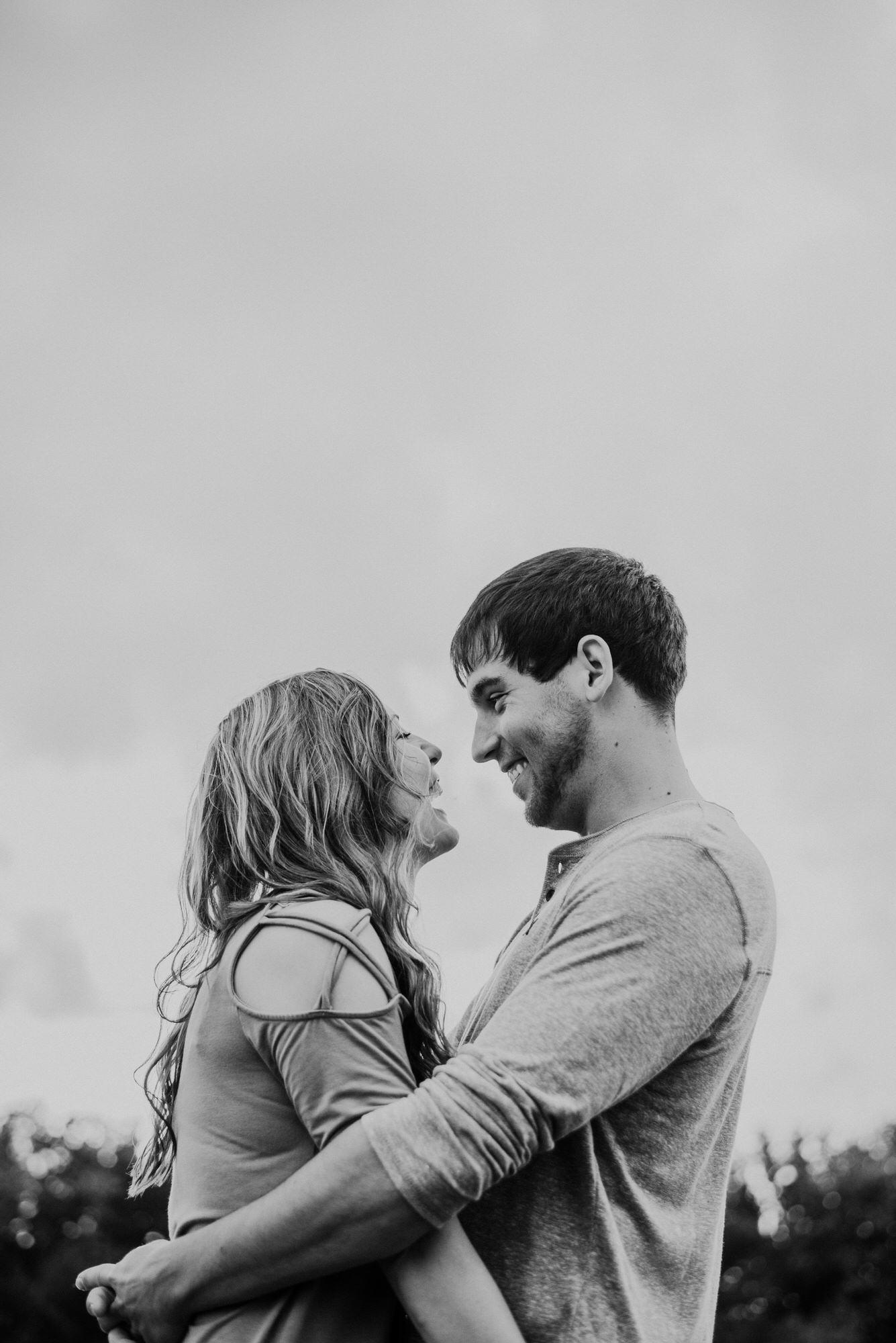 Kaylie-Sirek-Photography-wedding-engagement-photographer-Grand-Island-Kearney-Hastings-Lincoln-Nebraska-central-midwest-moments-trump-posing-natural-light-engaged-15.jpg