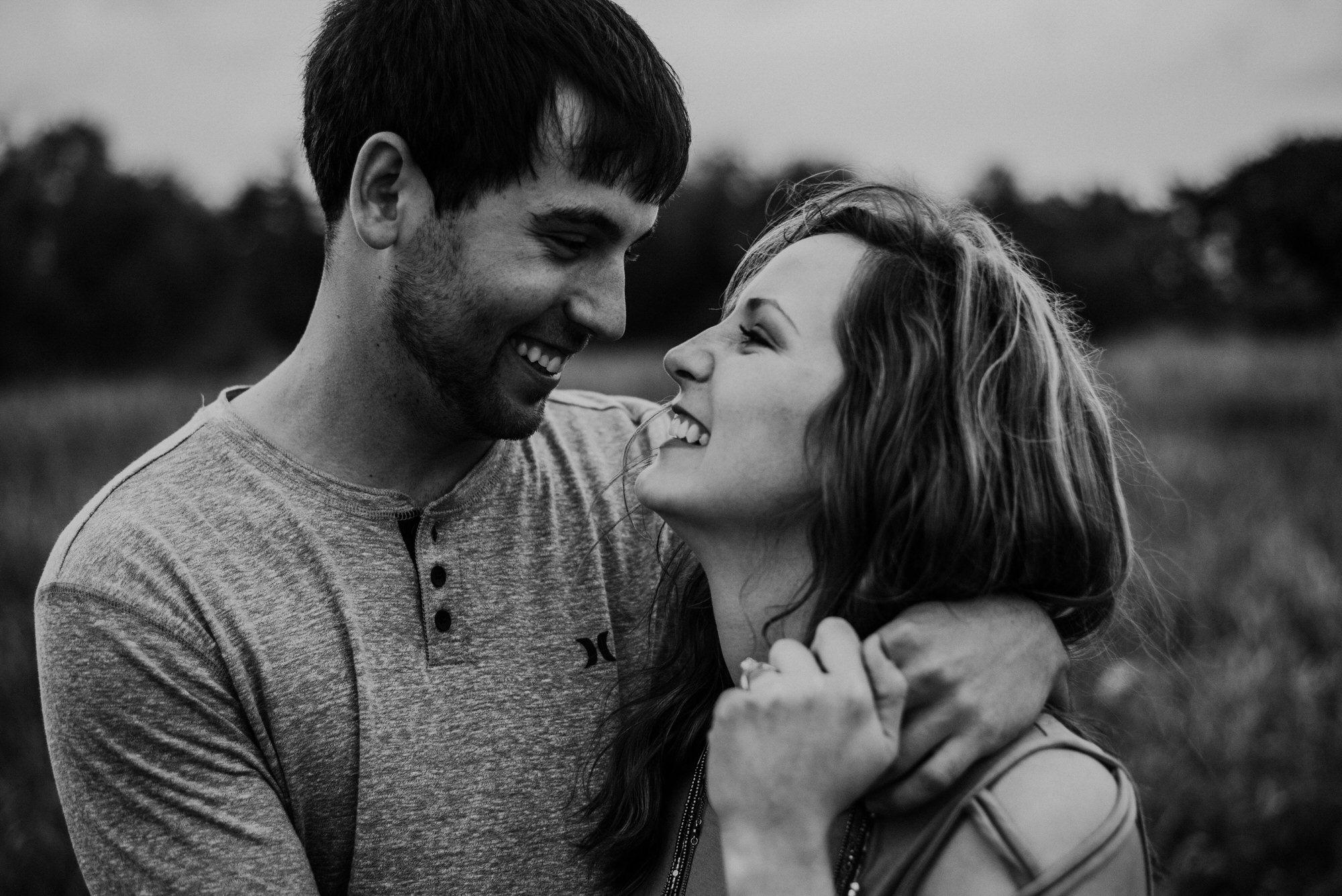 Kaylie-Sirek-Photography-wedding-engagement-photographer-Grand-Island-Kearney-Hastings-Lincoln-Nebraska-central-midwest-moments-trump-posing-natural-light-engaged-20.jpg