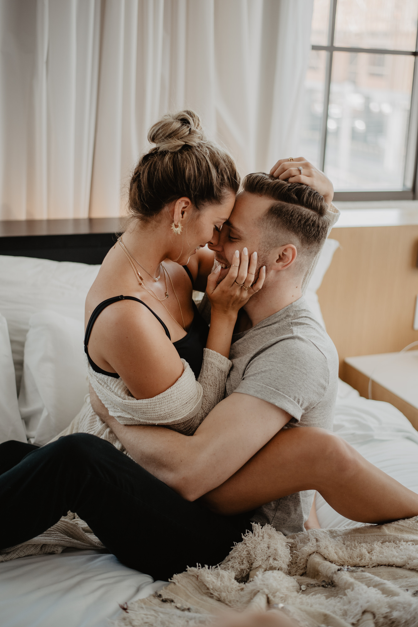Kaylie Sirek Photography – Nebraska Wedding and Engagement Photographer – Thrive Modern In Home Styled Session – 06.jpg
