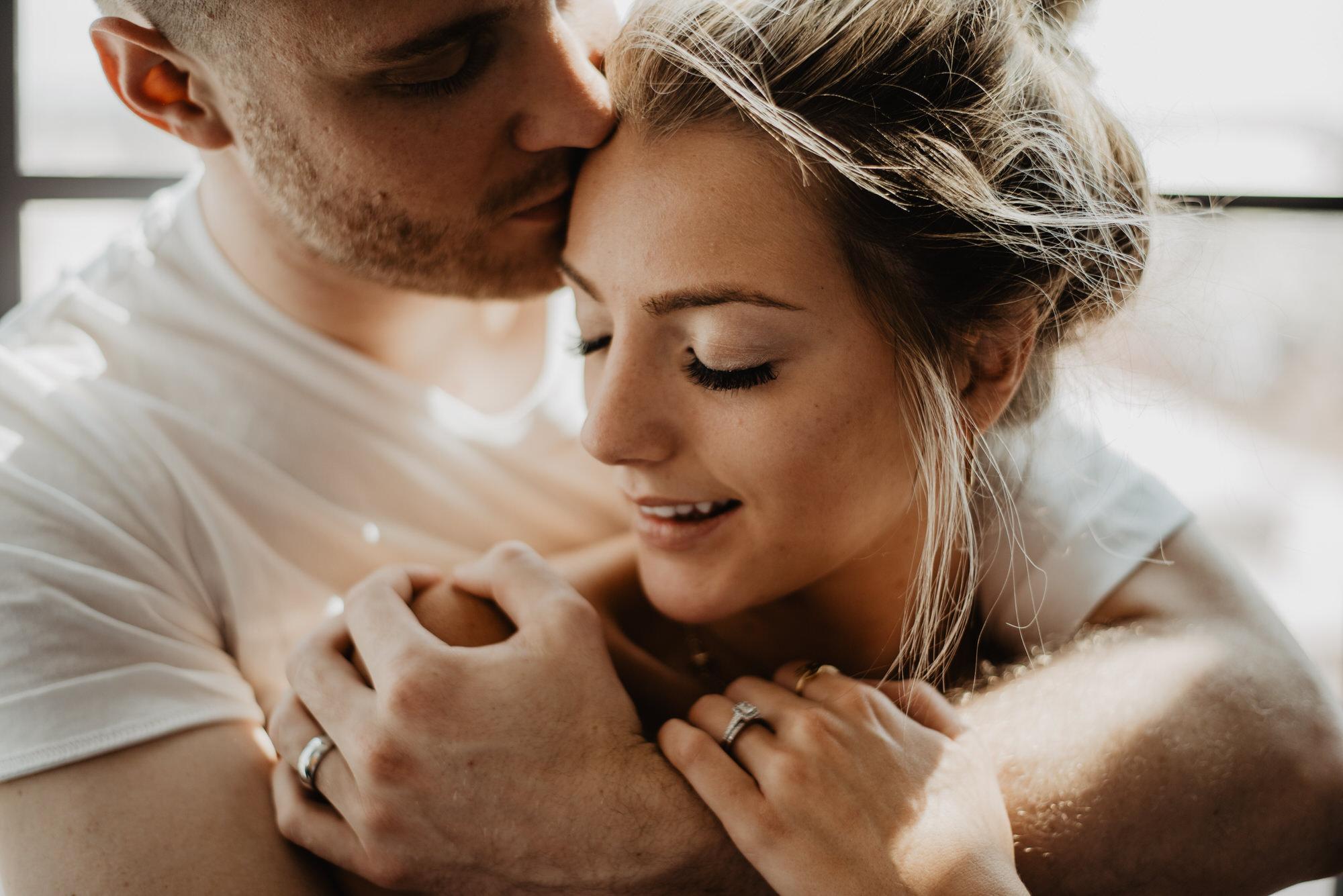 Kaylie Sirek Photography – Nebraska Wedding and Engagement Photographer – Thrive Modern In Home Styled Session – 36.jpg