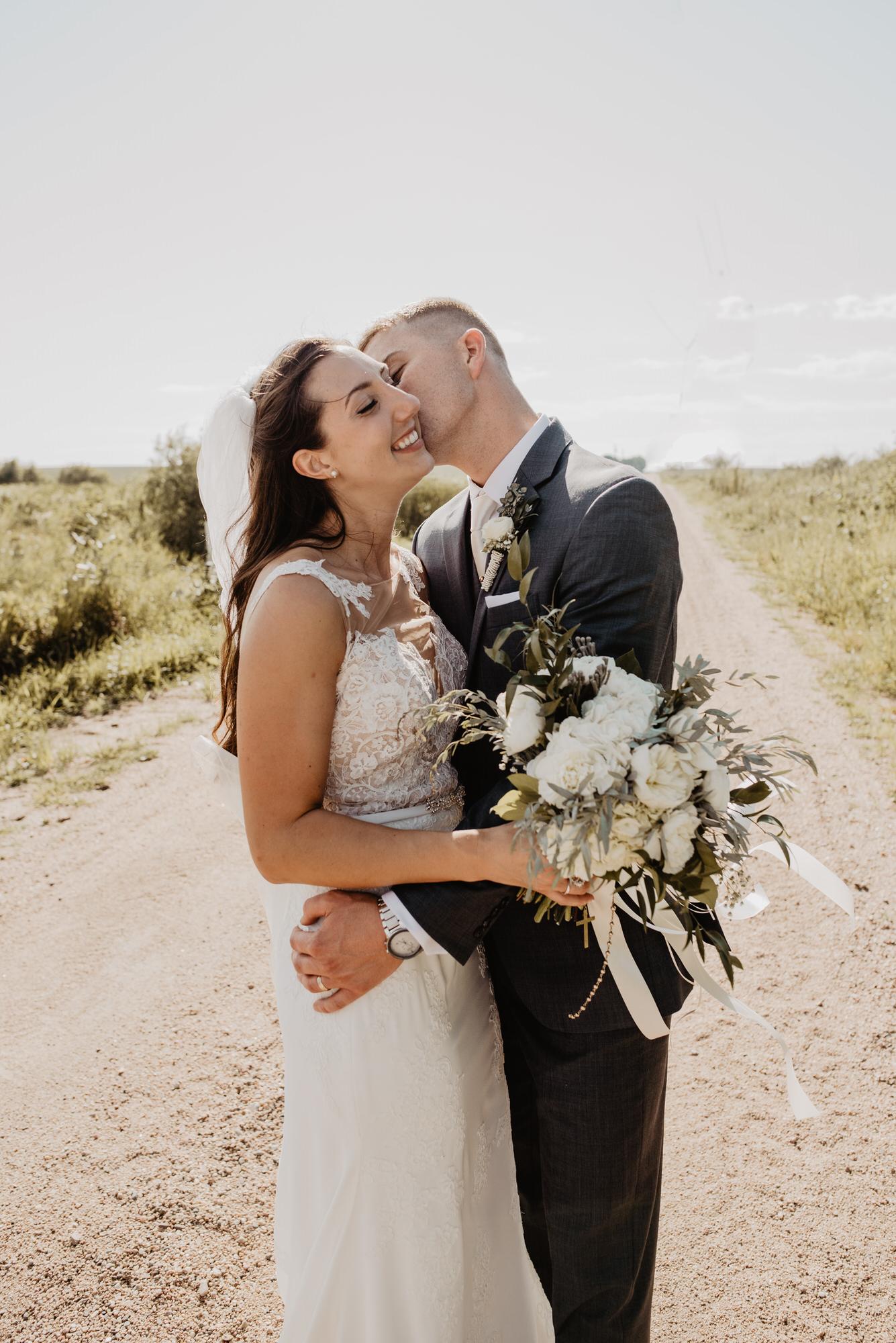 Kaylie Sirek Photography – Nebraska Wedding and Engagement Photographer – 065.jpg