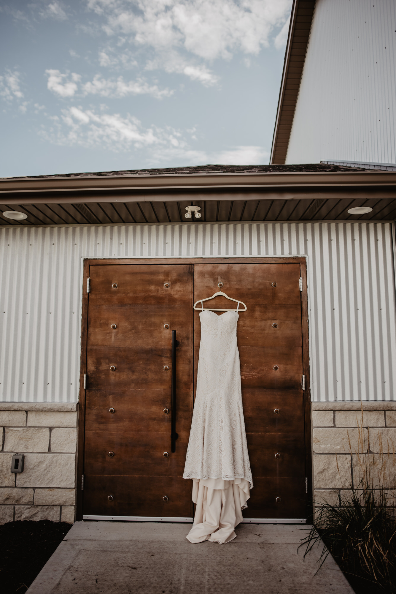 Kaylie Sirek Photography – Nebraska Wedding and Engagement Photographer – Glacial Till Vinyard – 016.jpg