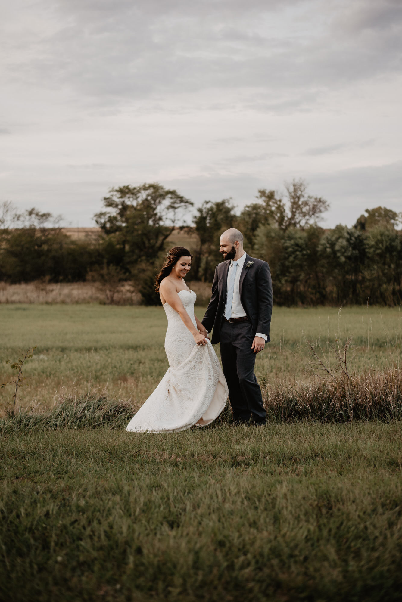 Kaylie Sirek Photography – Nebraska Wedding and Engagement Photographer – Glacial Till Vinyard – 090.jpg