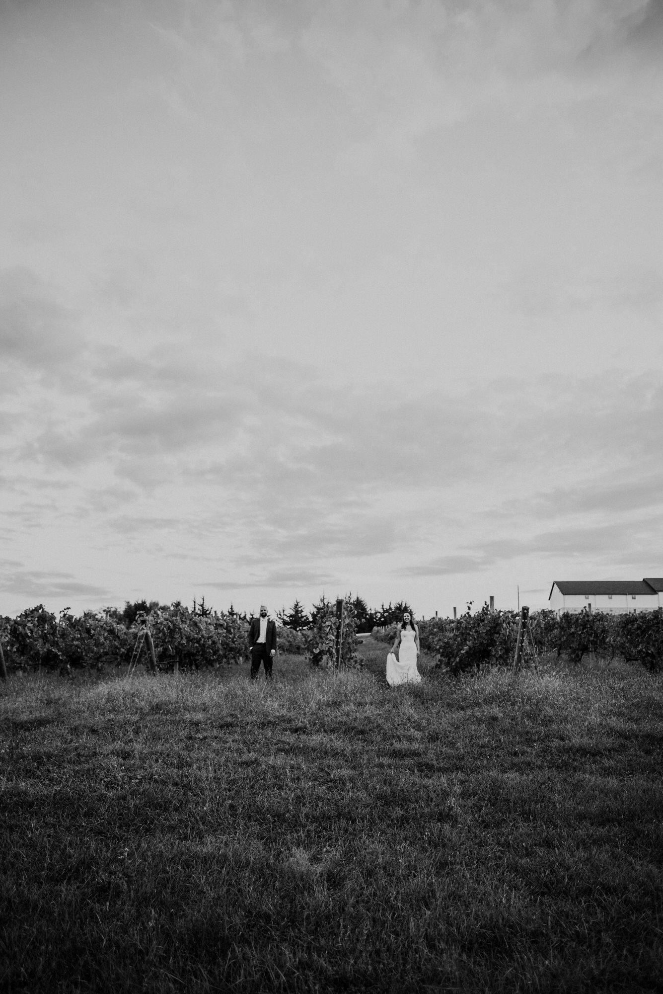 Kaylie Sirek Photography – Nebraska Wedding and Engagement Photographer – Glacial Till Vinyard – 099.jpg